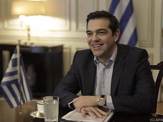 Griechenlands Premier Tsipras verteidigt sich