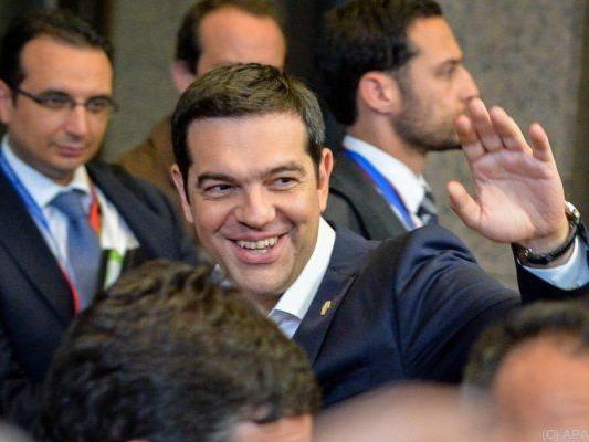 Tsipras will die Griechen abstimmen lassen