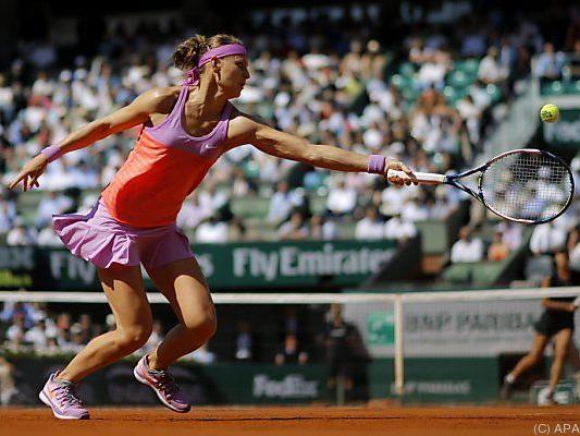 Safarova schlug Ivanovic