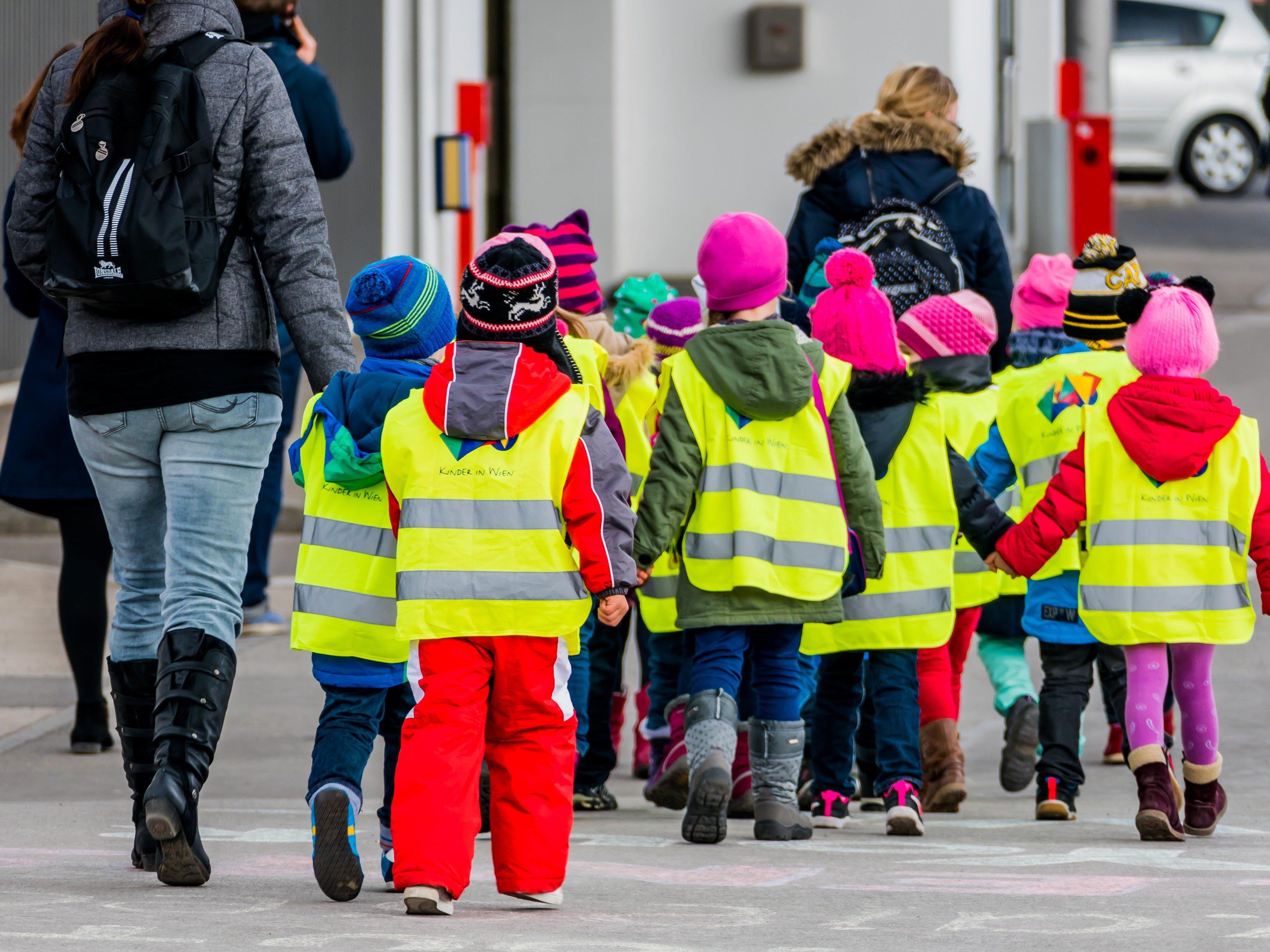 Neuer Vorstoß bei Kosten für Kindergärten