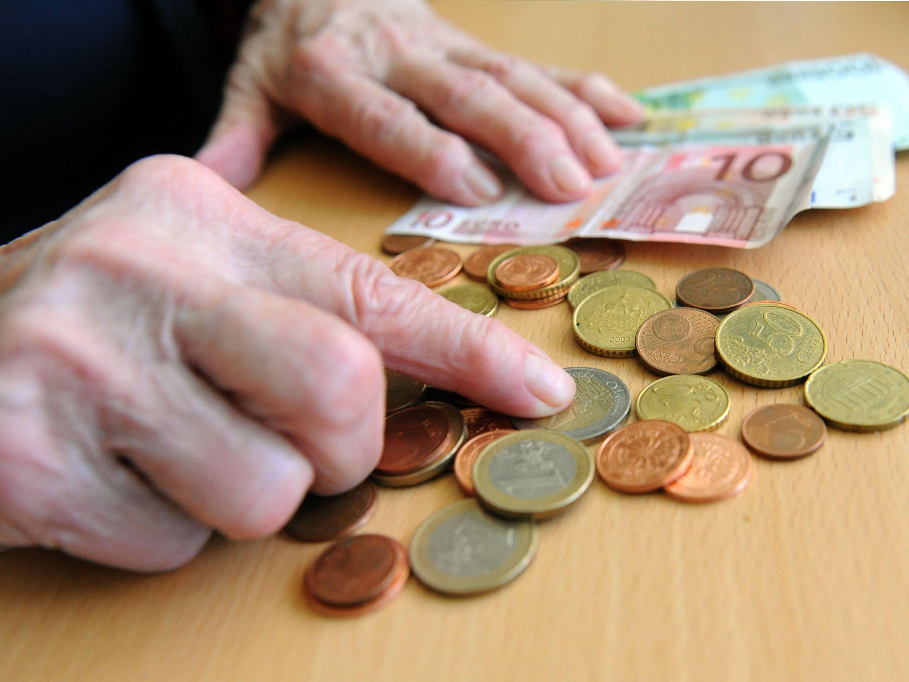 Initiativen-Sprecher Diettrich: Aktuelle Armut darf nicht vergessen werden.
