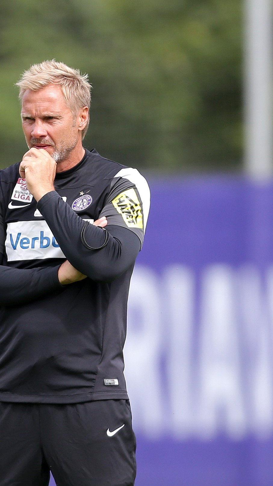 Thorsten Fink schwor seine Austria Wien auf die kommende Saison ein.