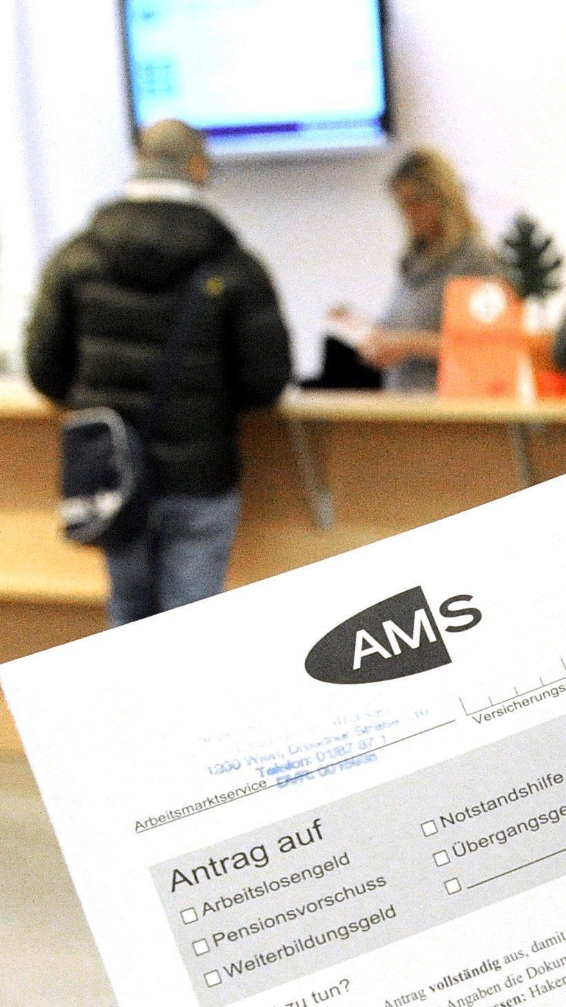 Schuldenfalle: Kritik an mangelnder Finanzbildung und an GmbH light