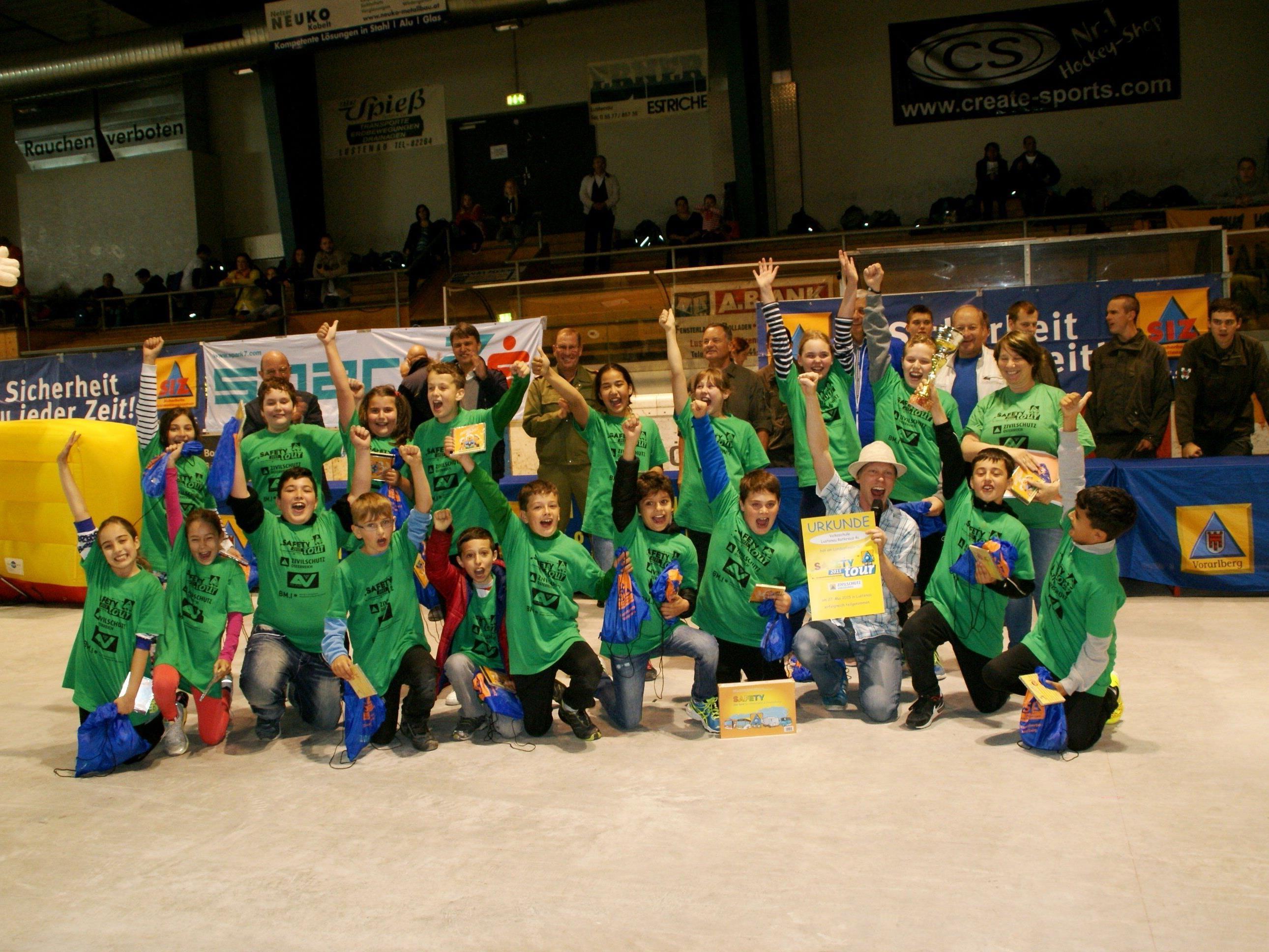 Kampf der Gefahr - die Schüler der 4c Rotkreuz siegten bei der Kinderolympiade