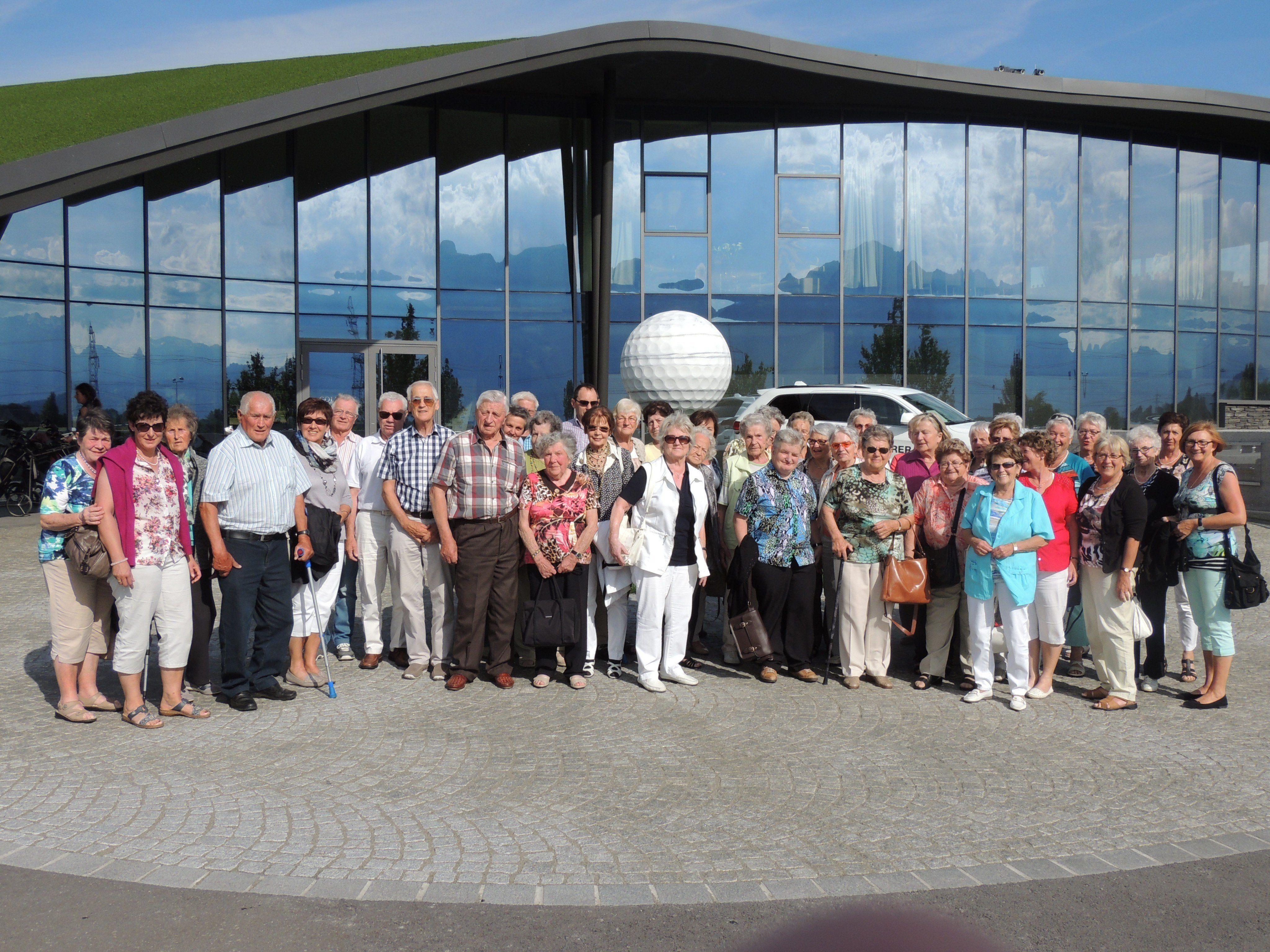 Gemeinschaftsfoto beim Golfclub Montfort Rankweil
