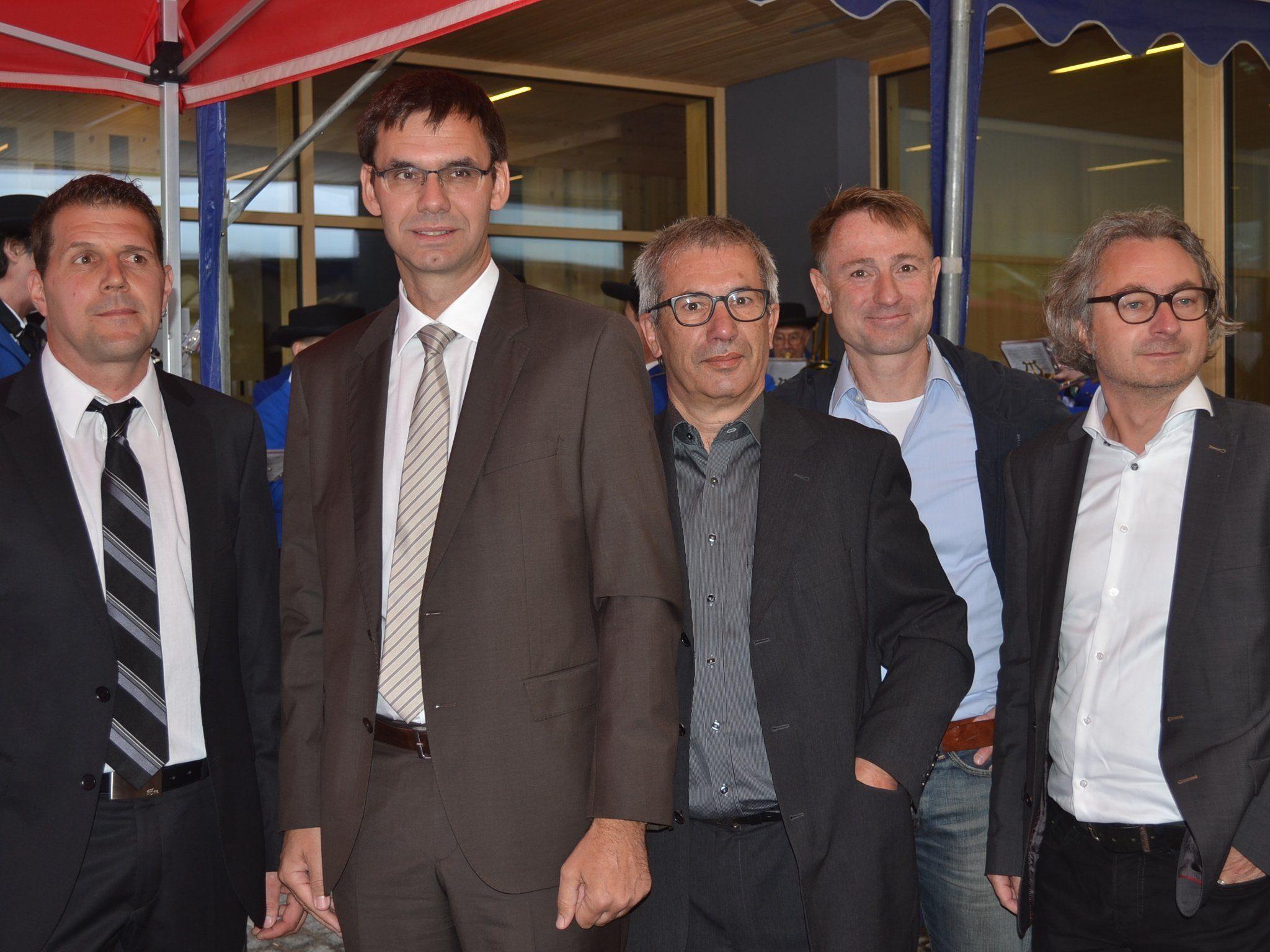 Bgm. Michael Domig, LH Markus Wallner sowie die Architekten Bruno Spagolla, Christian Zottele und Markus Malin.