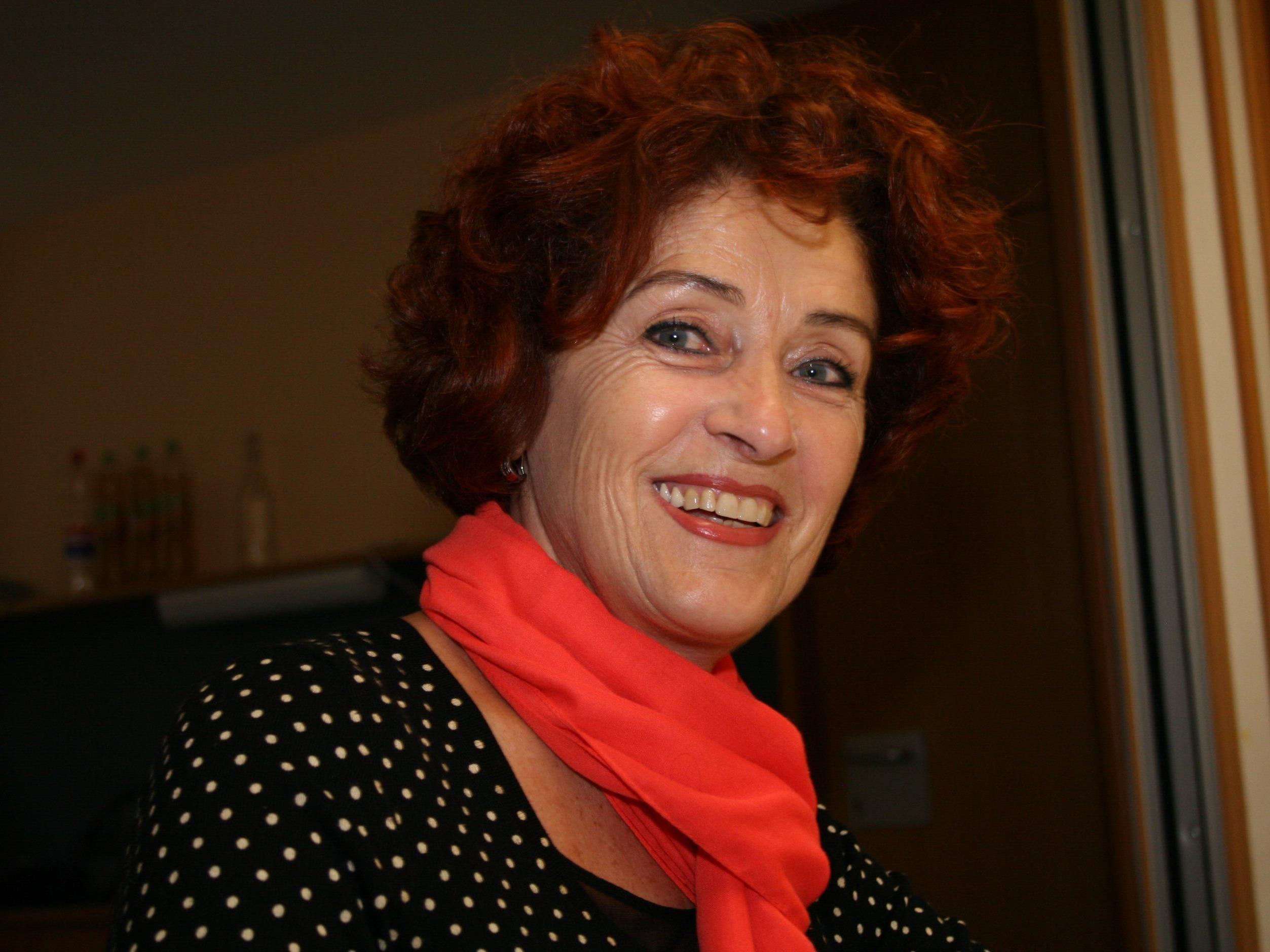 Ingrid Moll freut sich über Interessierte, die Freude am Singen und Musizieren haben.