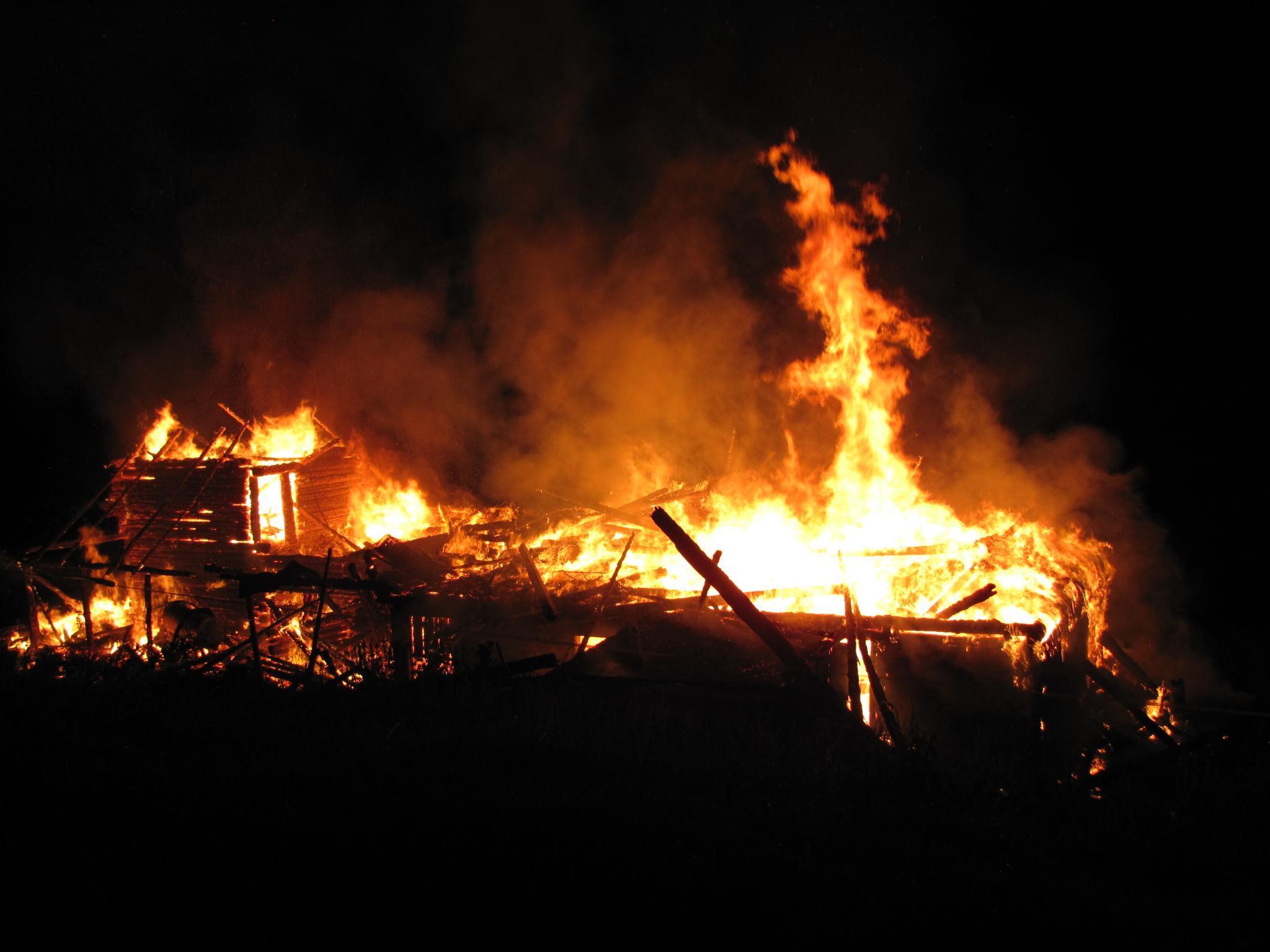 Hütte brannte komplett nieder.