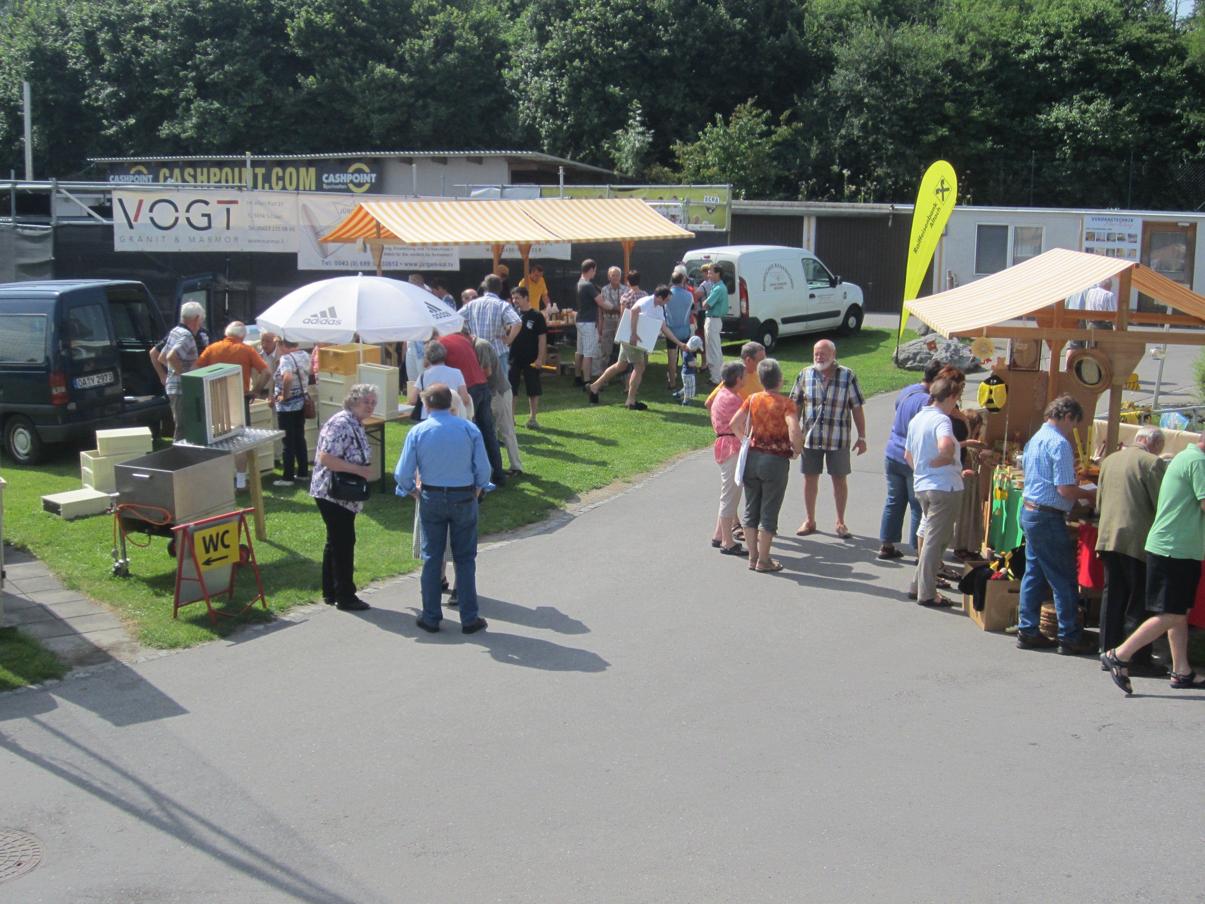 Am Sonntag sind die Bienenfreunde zum 27. Vorarlberger Bienenmarkt in Altach eingeladen