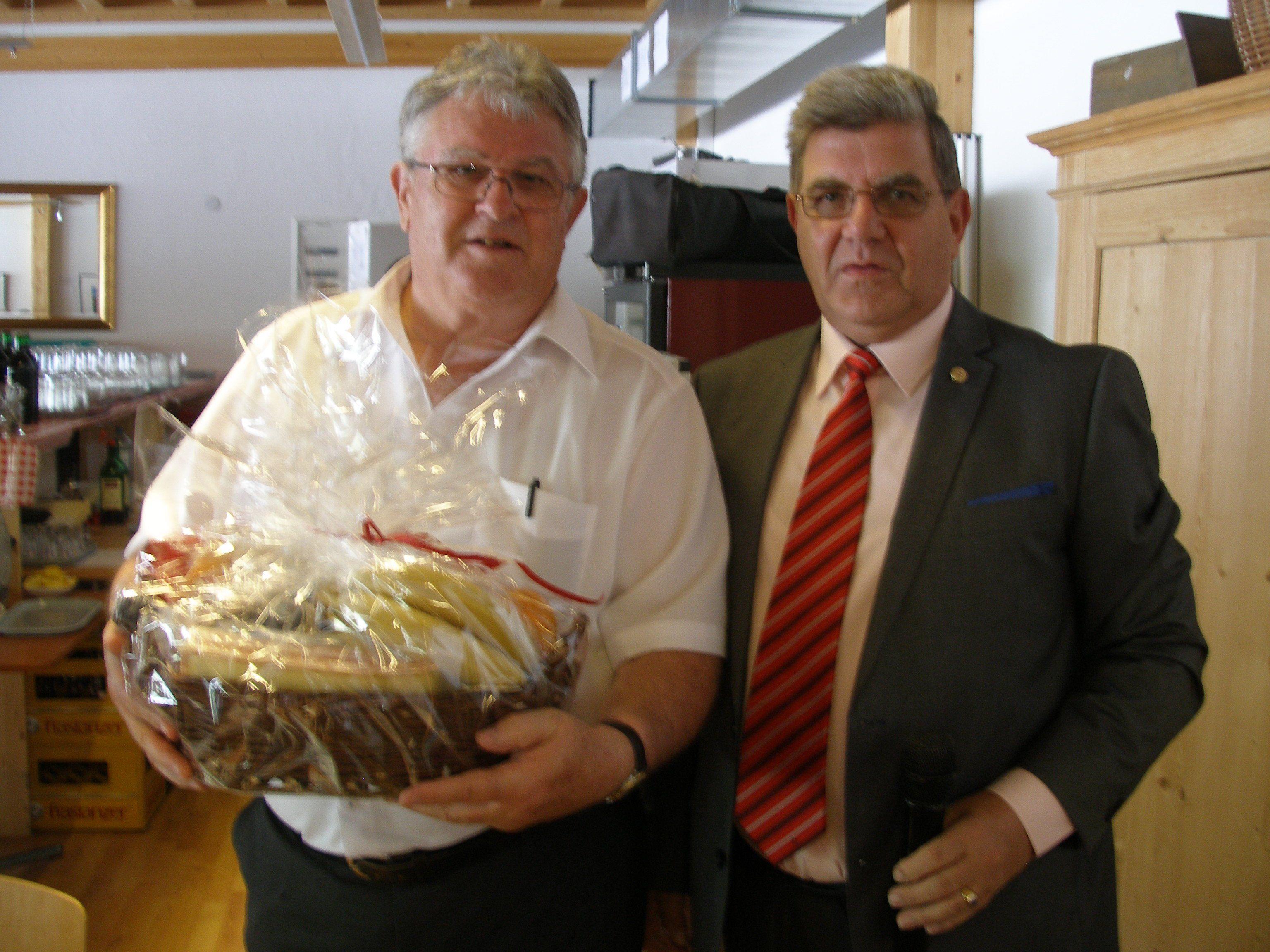 Neo-Obmann Juen mit LO DeGasperi