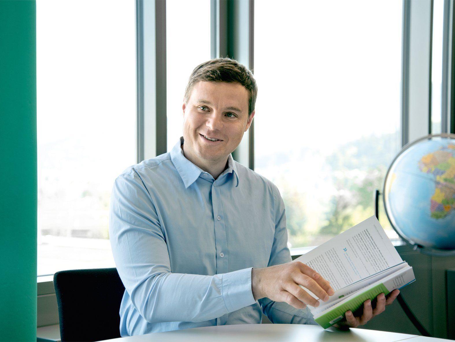 Guntram Meusburger gibt Tipps und liefert praktische Beispiele für Unternehmen.