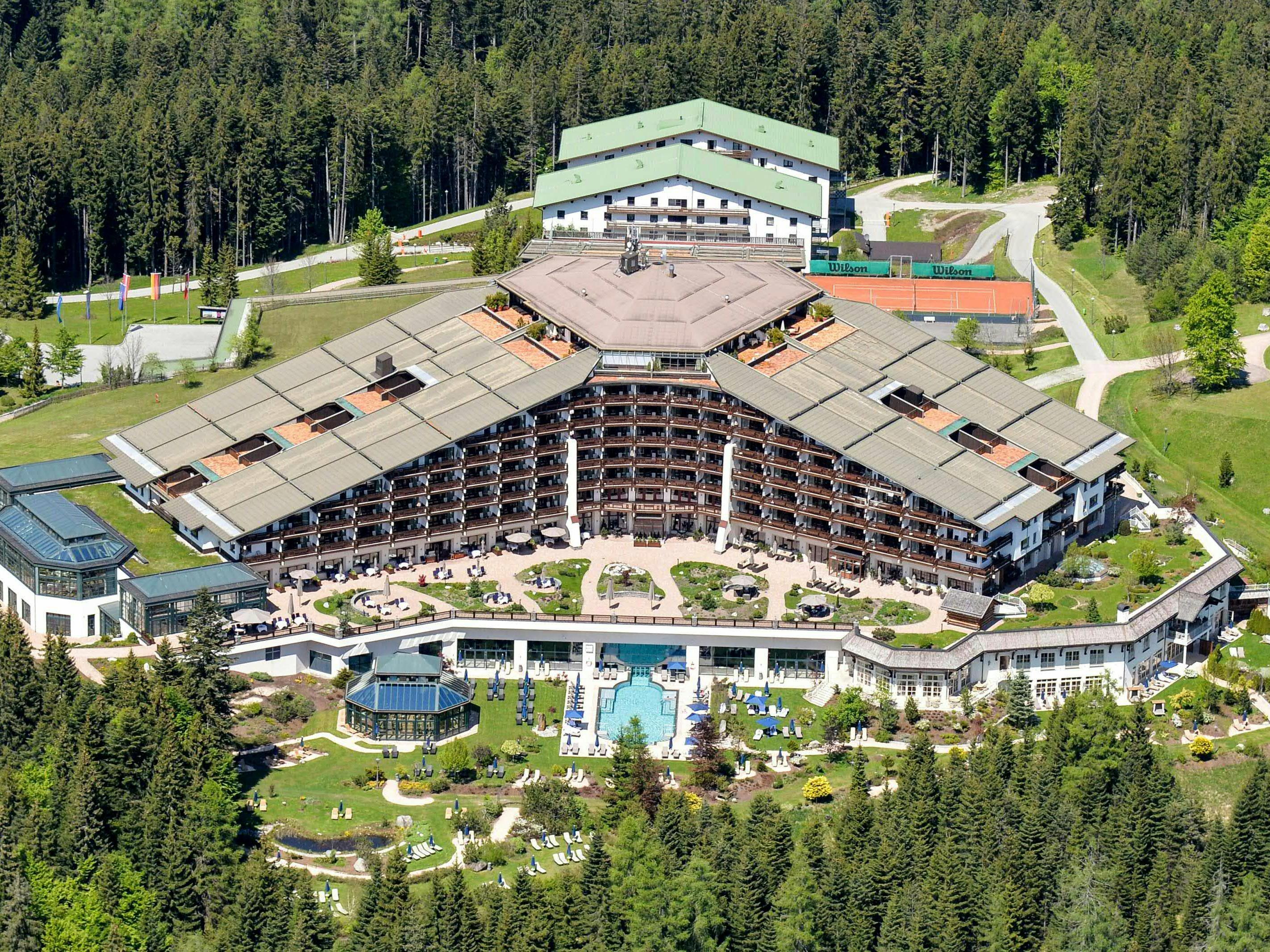 Tagunsort der 63. Bilderberg-Konferenz: das Hotel Interalpen Tyrol in Telfs.