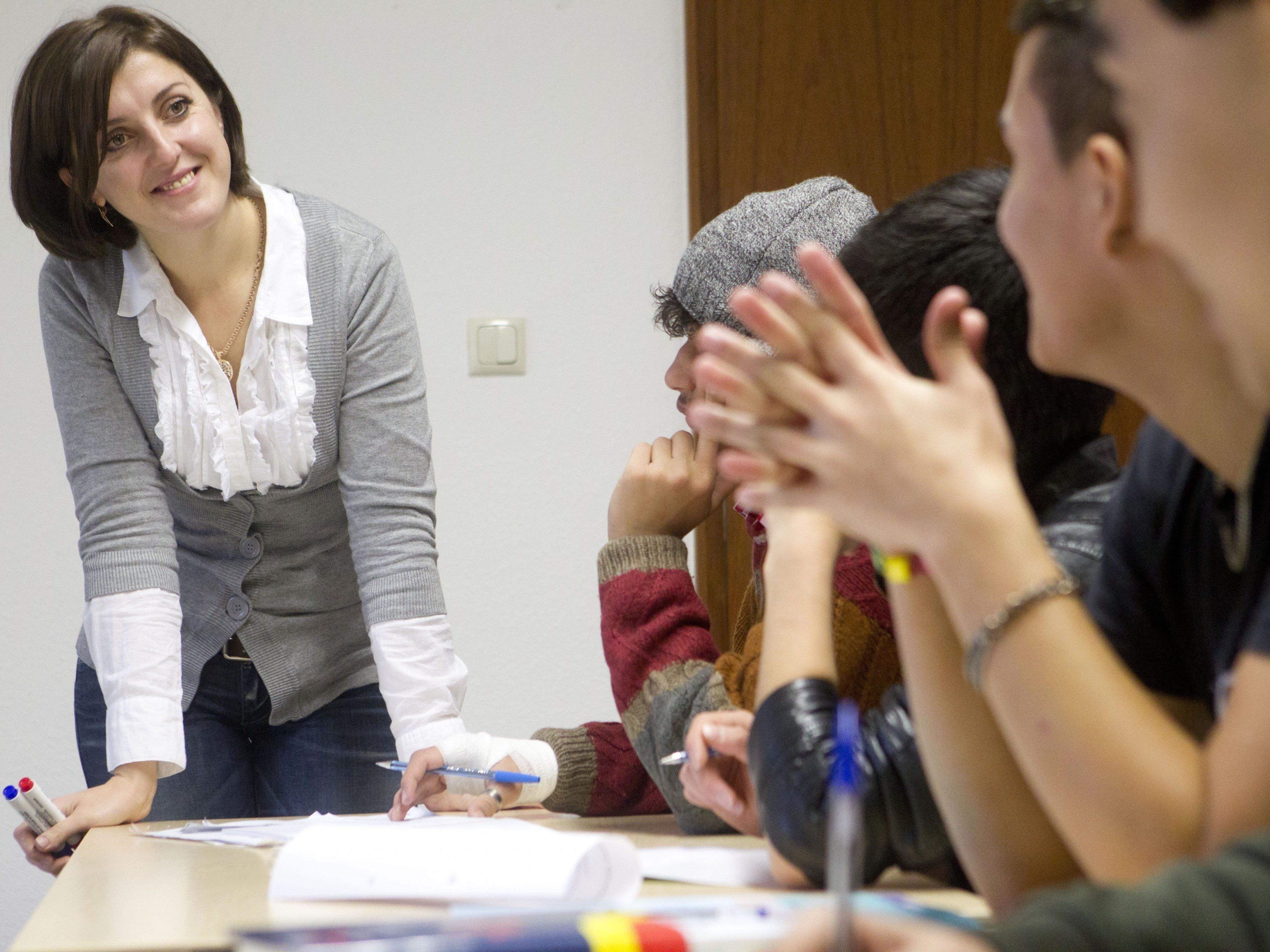In Vorarlberg übernimmt die Caritas zahlreiche Aufgaben, darunter auch Sprachkurse für Flüchtlinge.