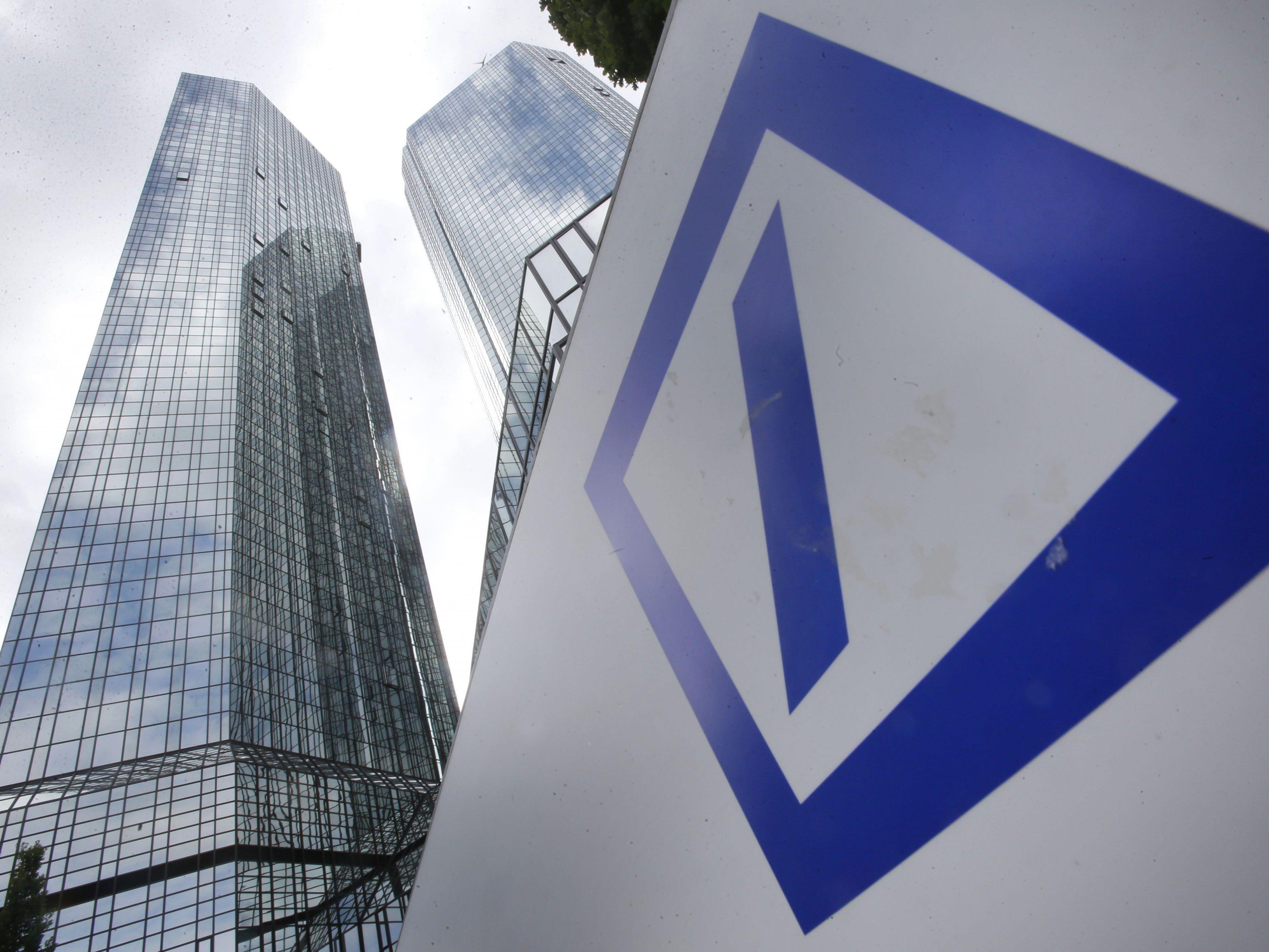 Bei der Deutschen Bank wurde erneut eine Razzia durchgeführt.