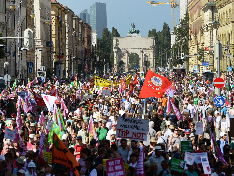 Rund 35.000 Menschen gingen in München gegen den G7-Gipfel auf die Straße.