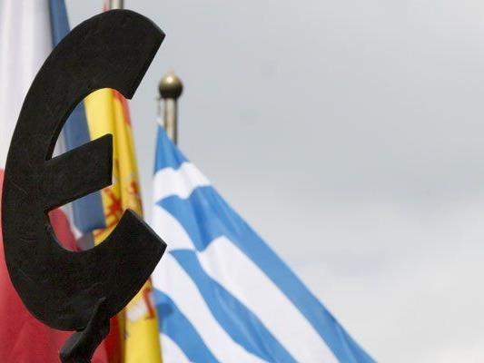 Im griechischen Schuldendrama sind die Fronten verhärtet - am Wochenende soll es einen Krisengipfel geben.