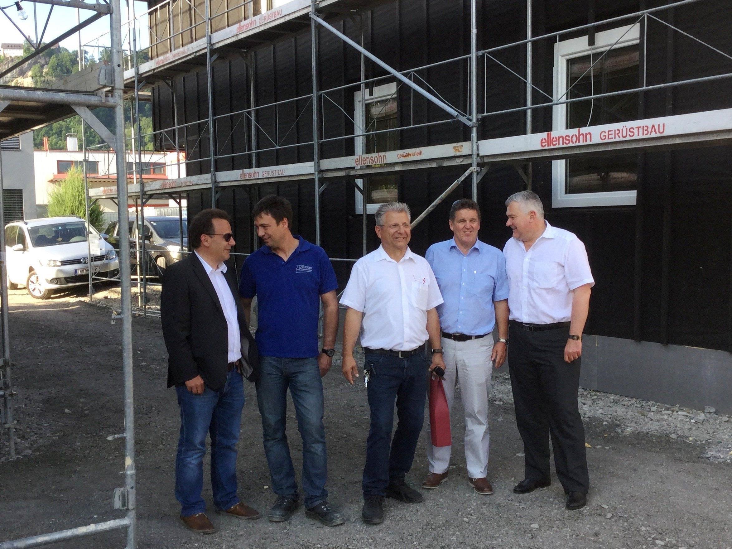 Firstfeier: Grund zur Freude für die Firmen Ritter und Theurer