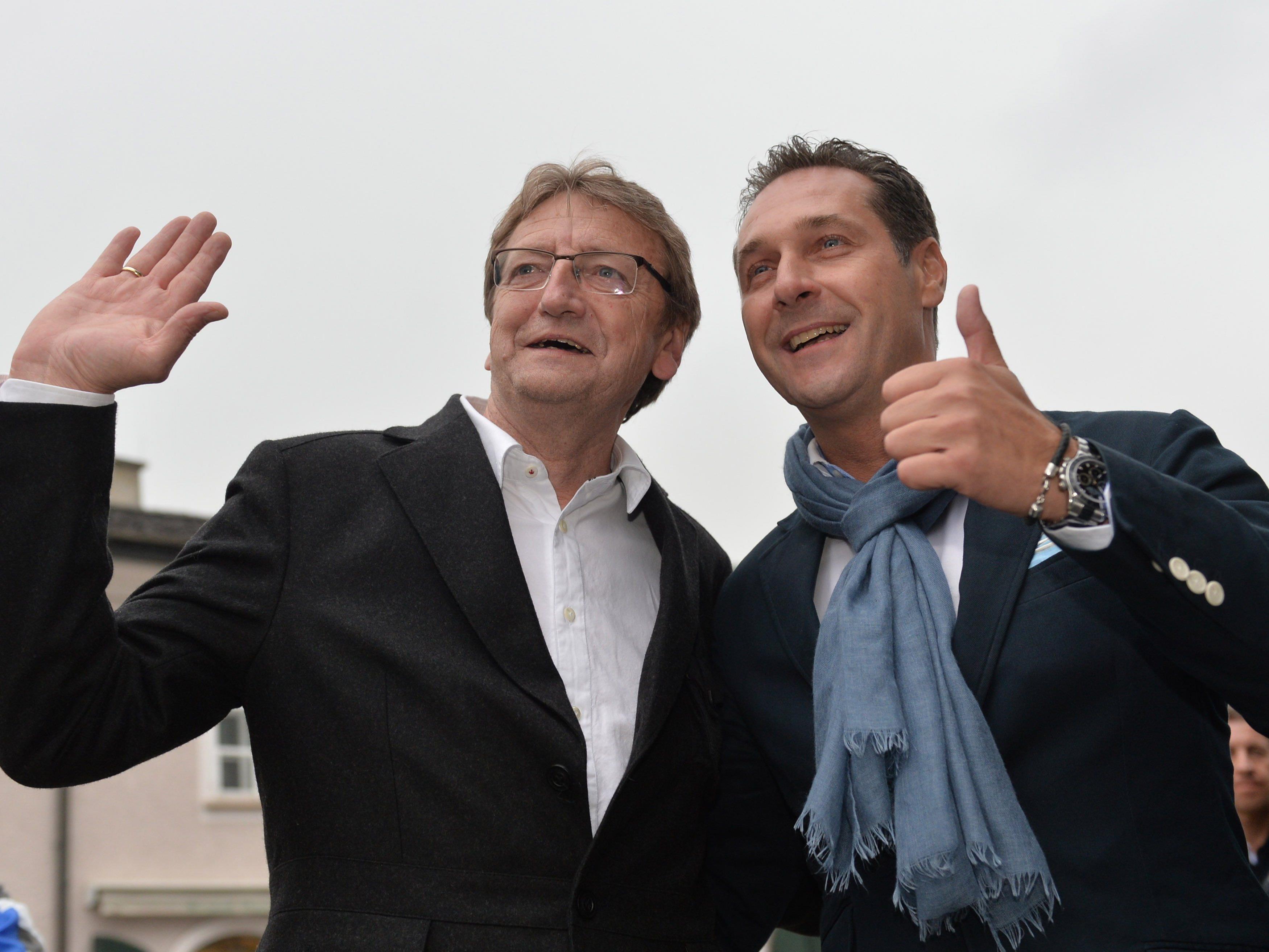 Karl Schnell teilt gegen HC Strache aus.