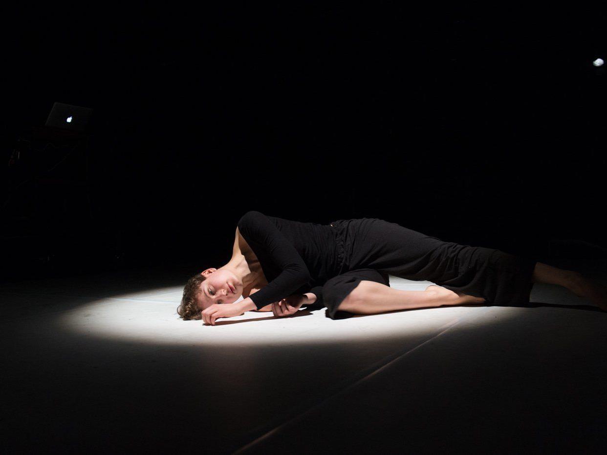 Tanz, Performance: FeMale, am Freitag, 26. und Samstag 27. Juni am Spielboden.