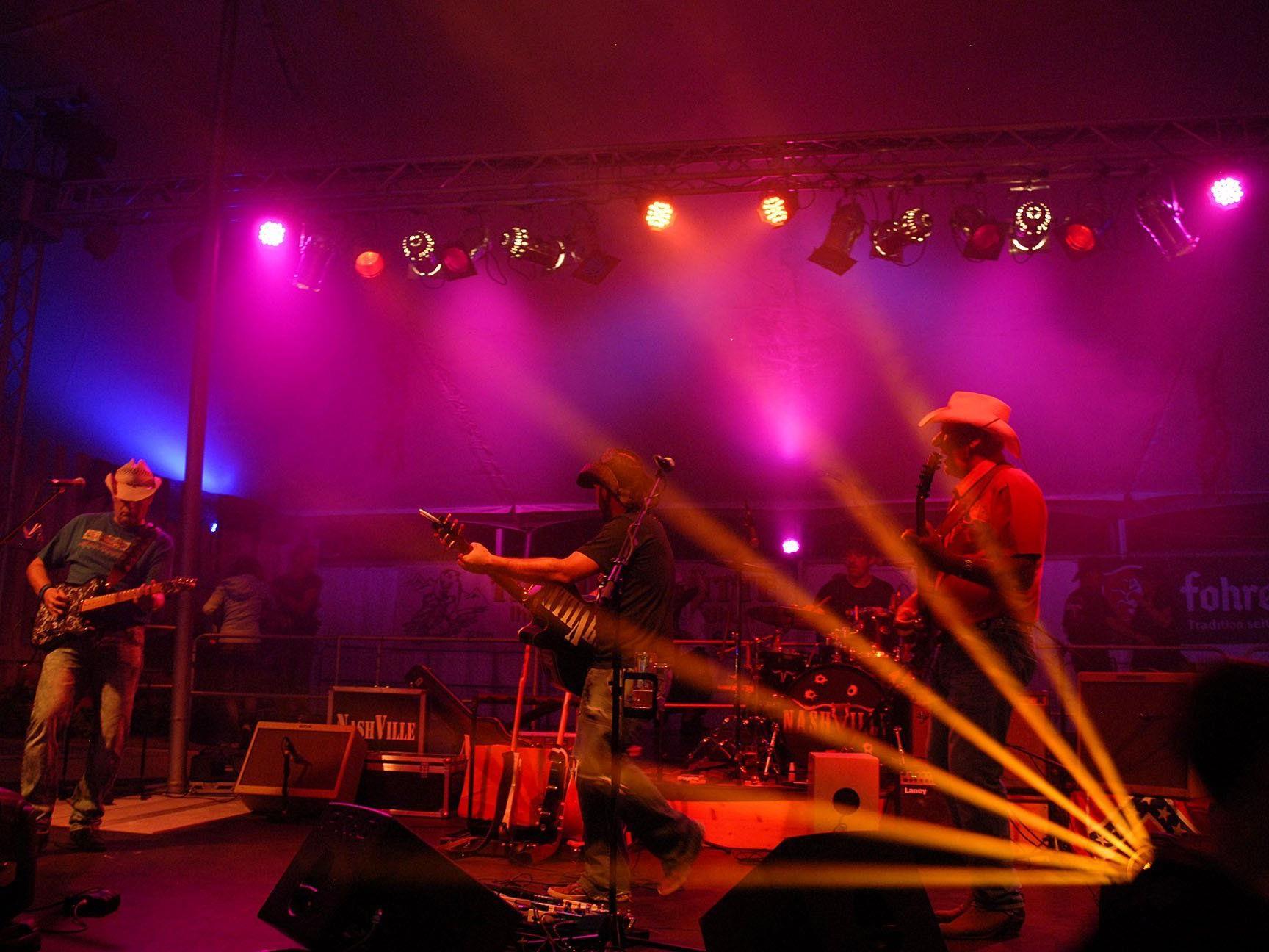 """Auftakt zum Bezirksmusikfest in Silbertal mit der Country Band """"Nashville"""""""