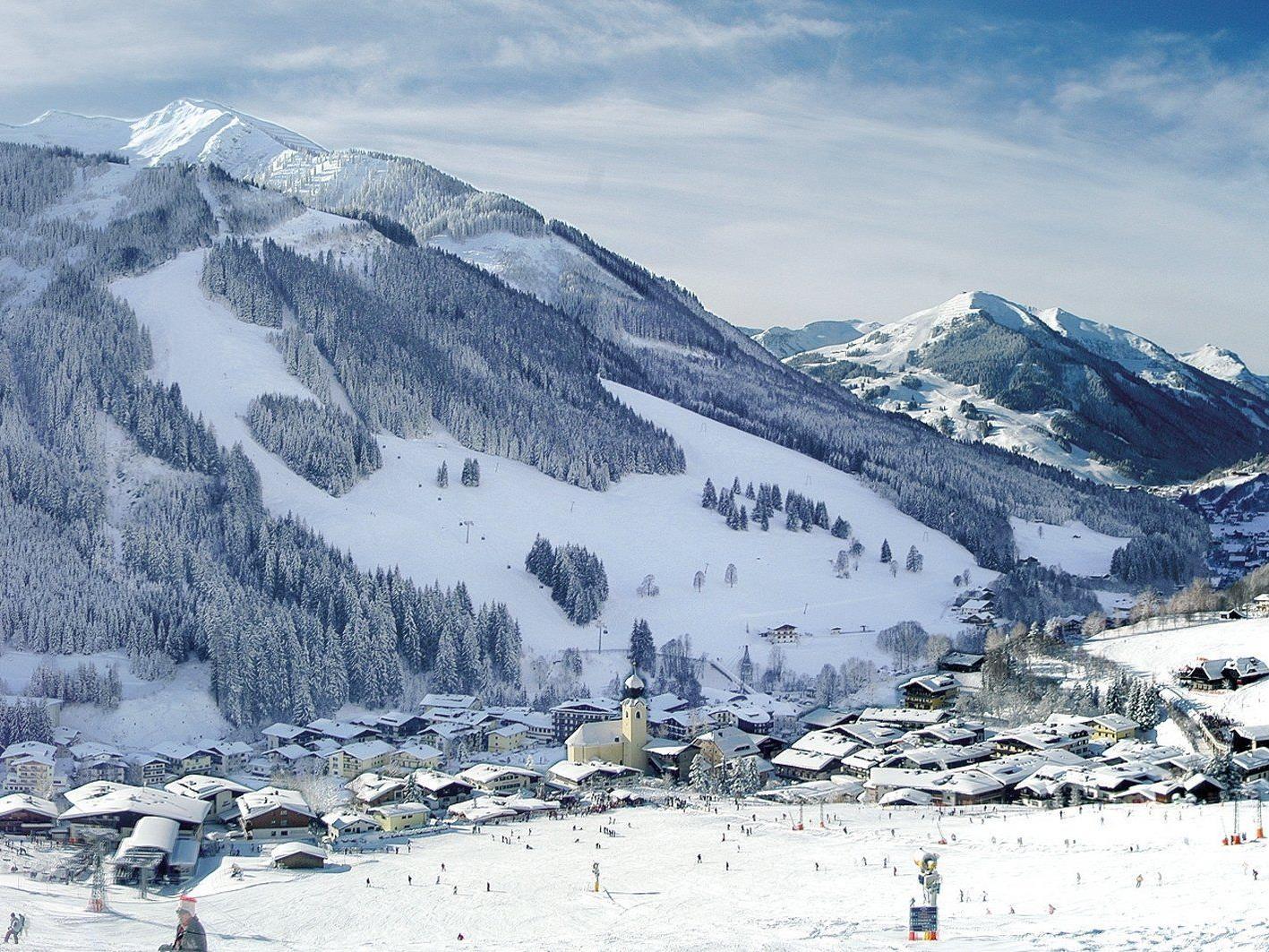 Präsidentenkonferenz entschied für Salzburger Skiort als Bewerber für Alpin-Titelkämpfe 2023.