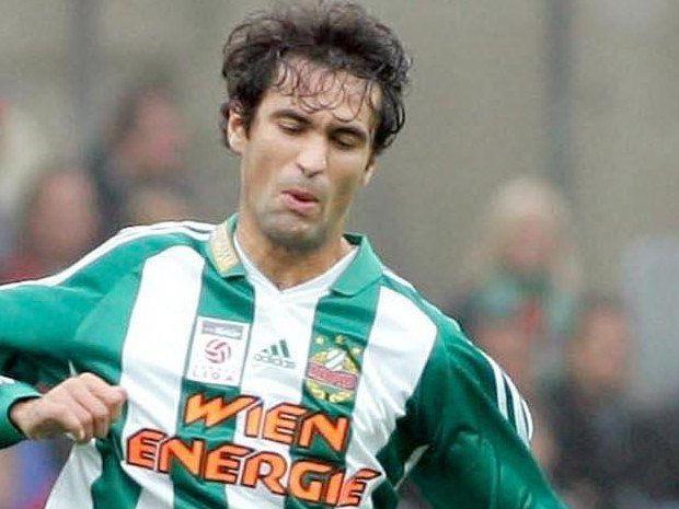 Peter Hlinka kehrt zum SK Rapid Wien zurück und erhält einen Einjahresvertrag.