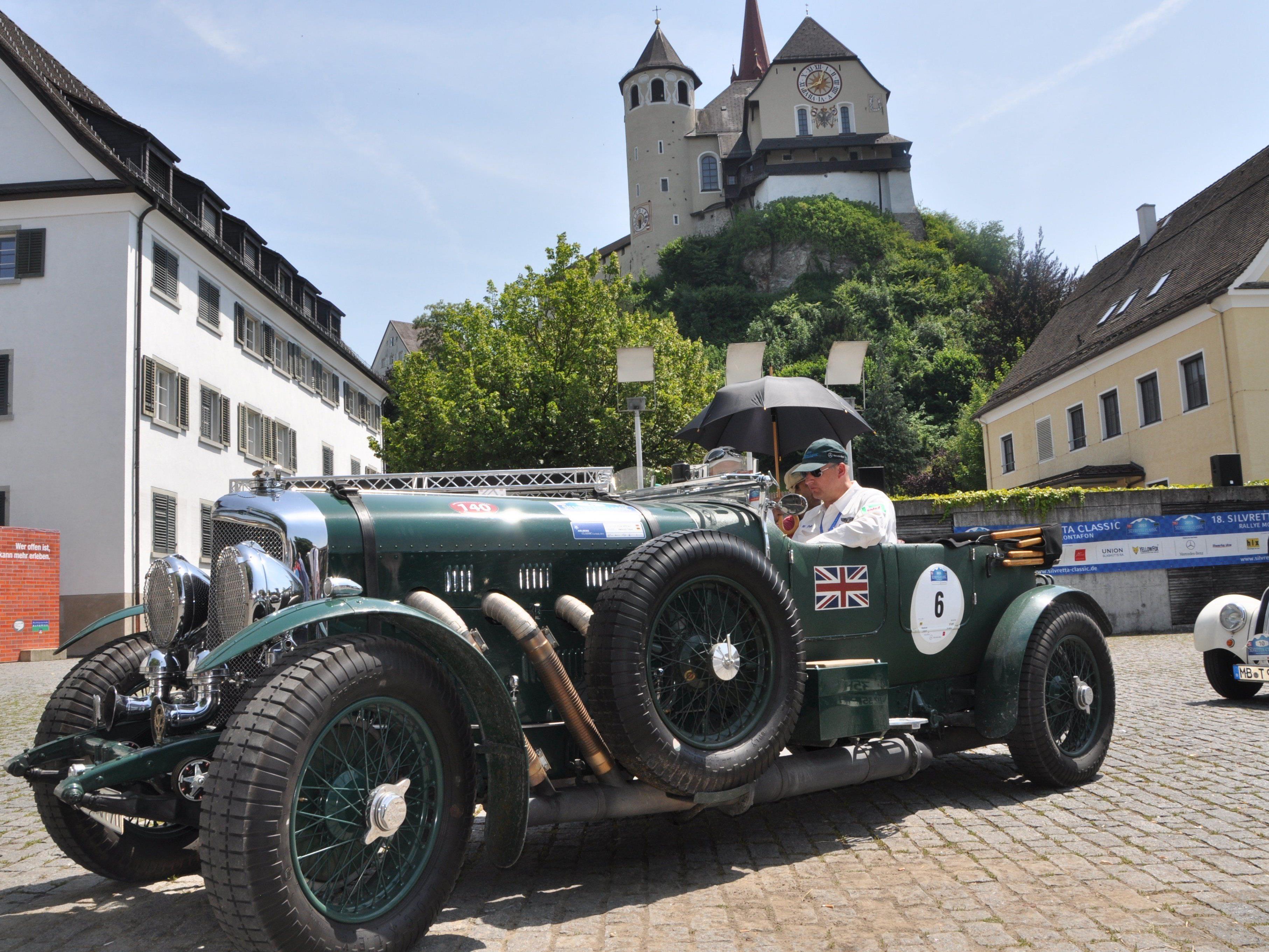 Über 200 Oldtimer besuchten den Rankweiler Marktplatz