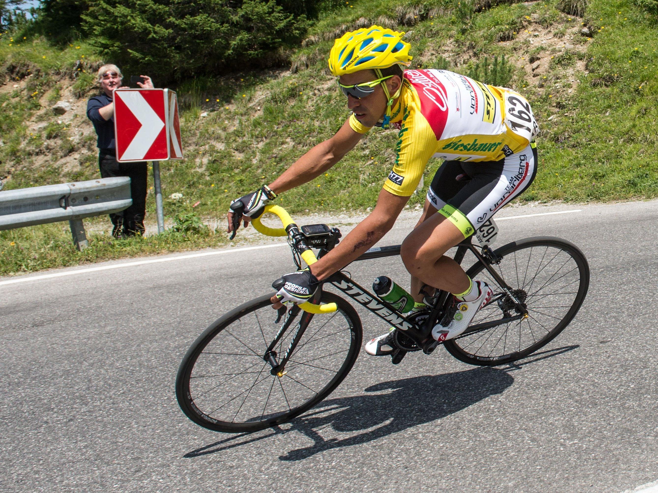 Gesamtsieger De la Parte auf der 8. Etappe von Innsbruck nach Bregenz.