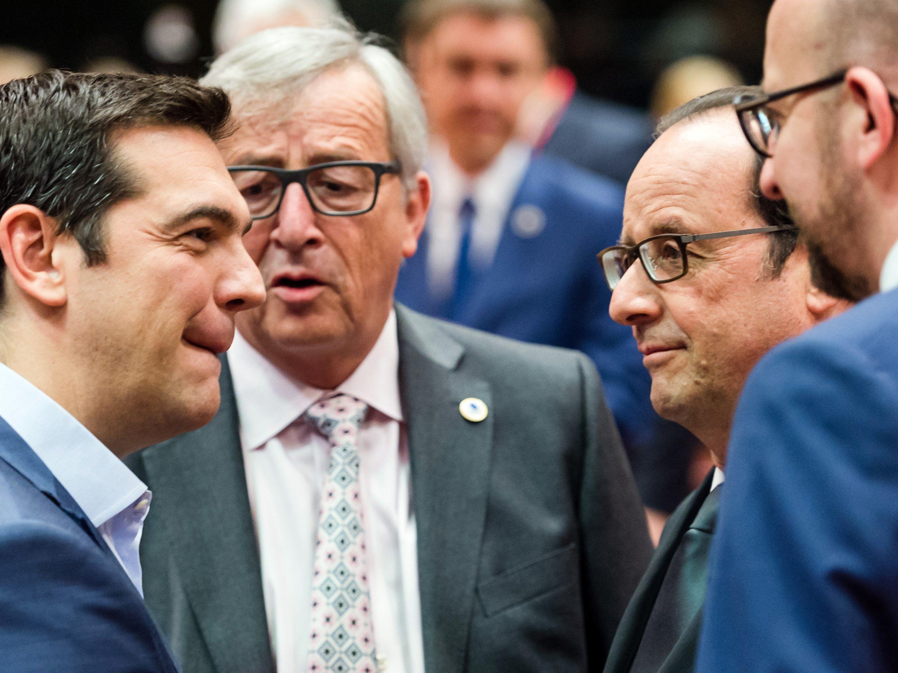 Euro-Finanzminister machen griechische Reformen zur Bedingung.