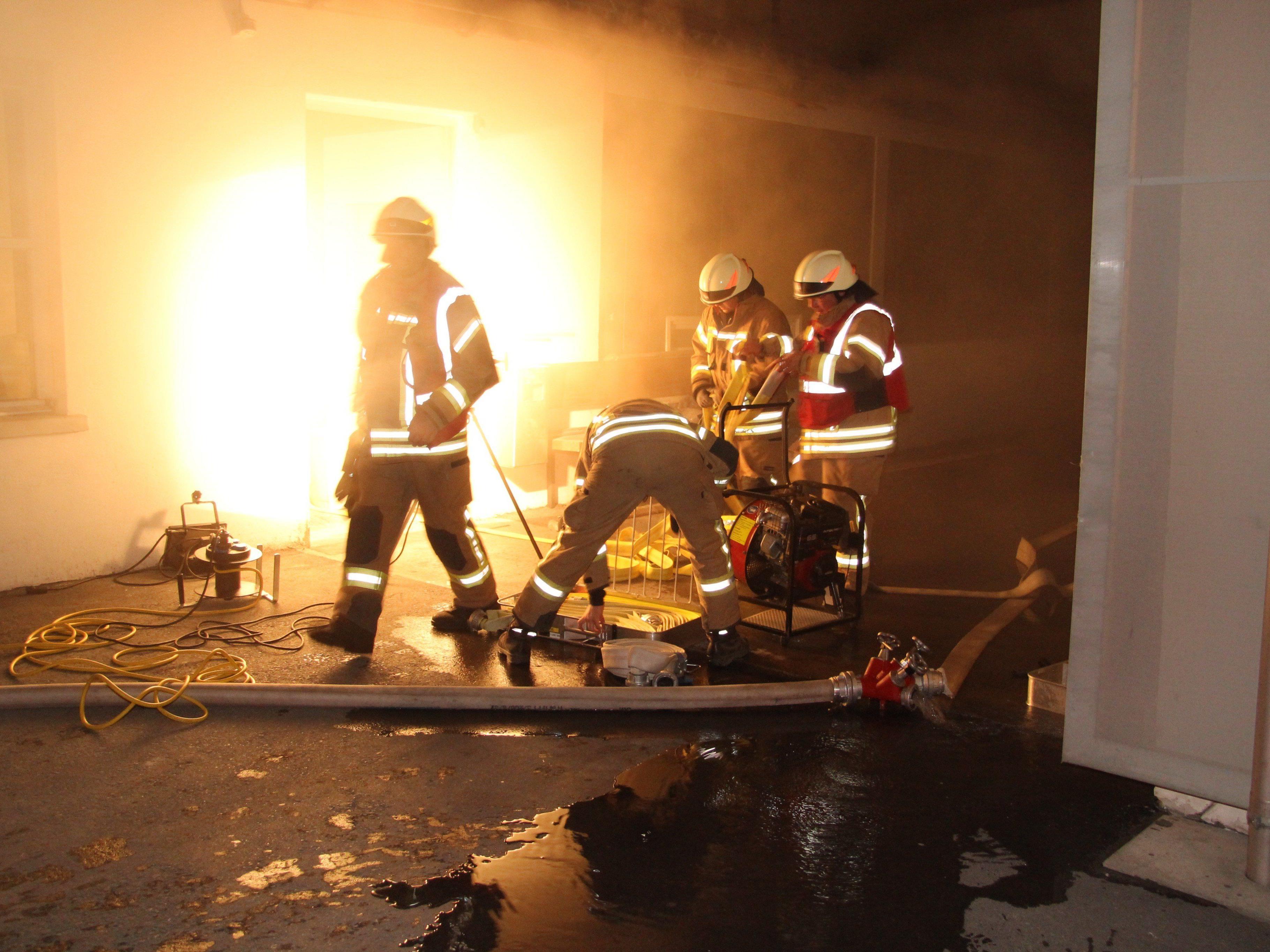 Brand in Dornbirner Tischlerei ausgebrochen.