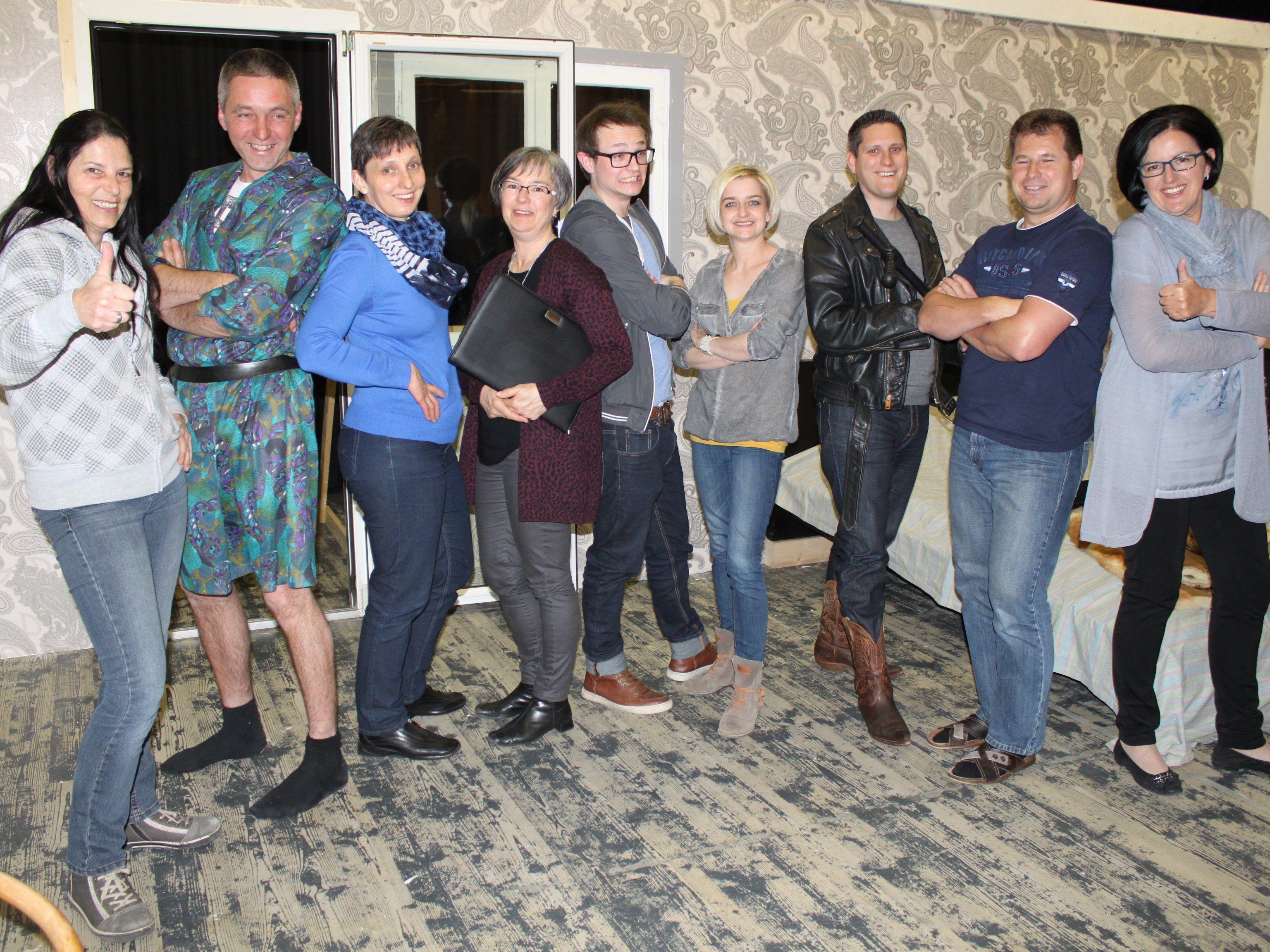 Die Fraxner Theater-Crew bei einer seiner Proben.