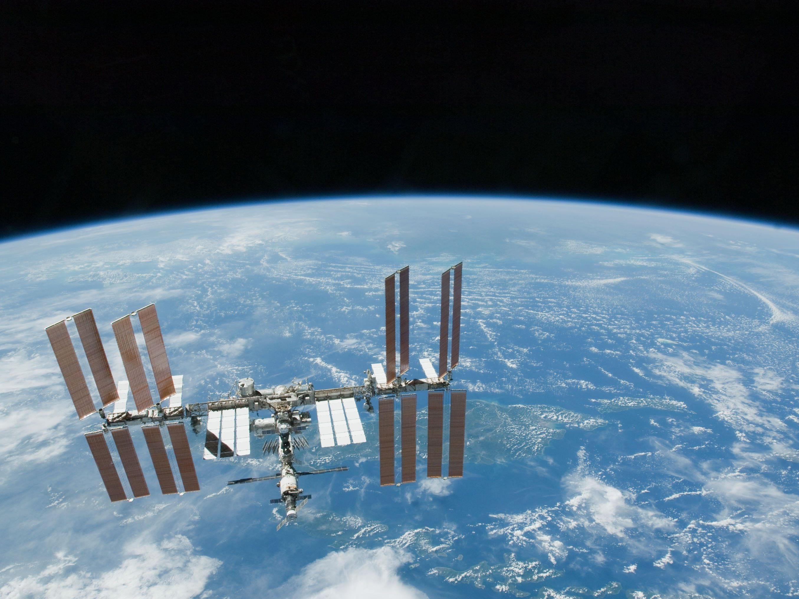 ISS-Crew unterbricht Arbeit wegen nahendem Weltraumschrott