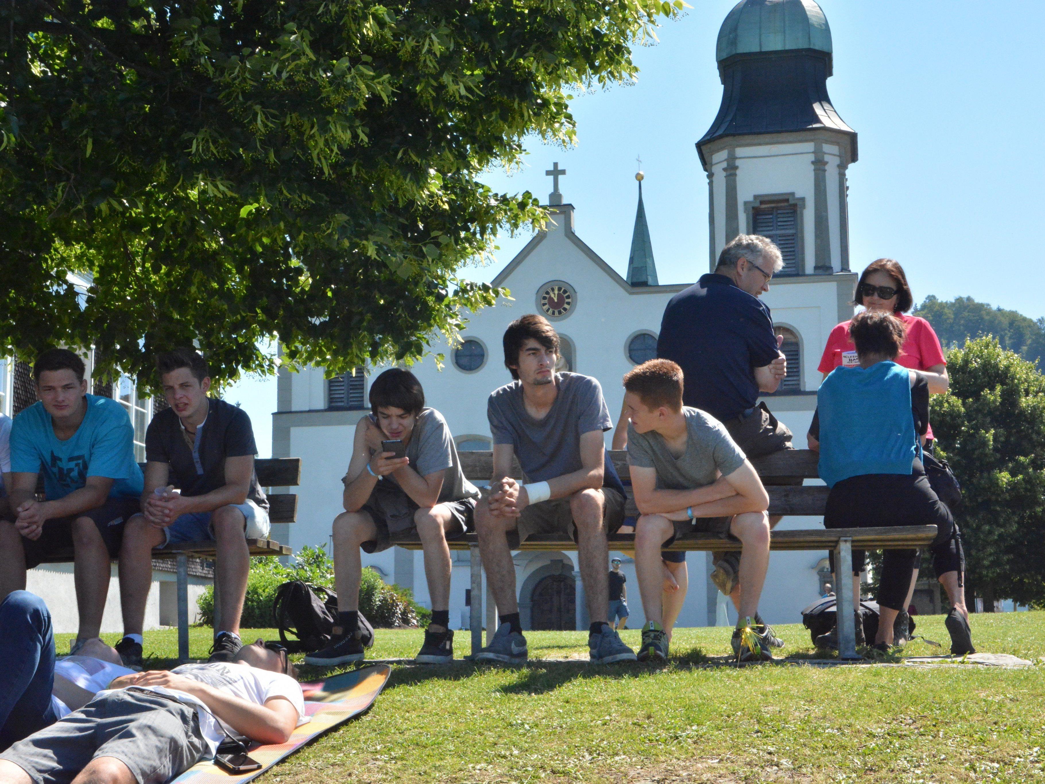 Über 250 Lehrlinge pilgerten nach Bildstein.