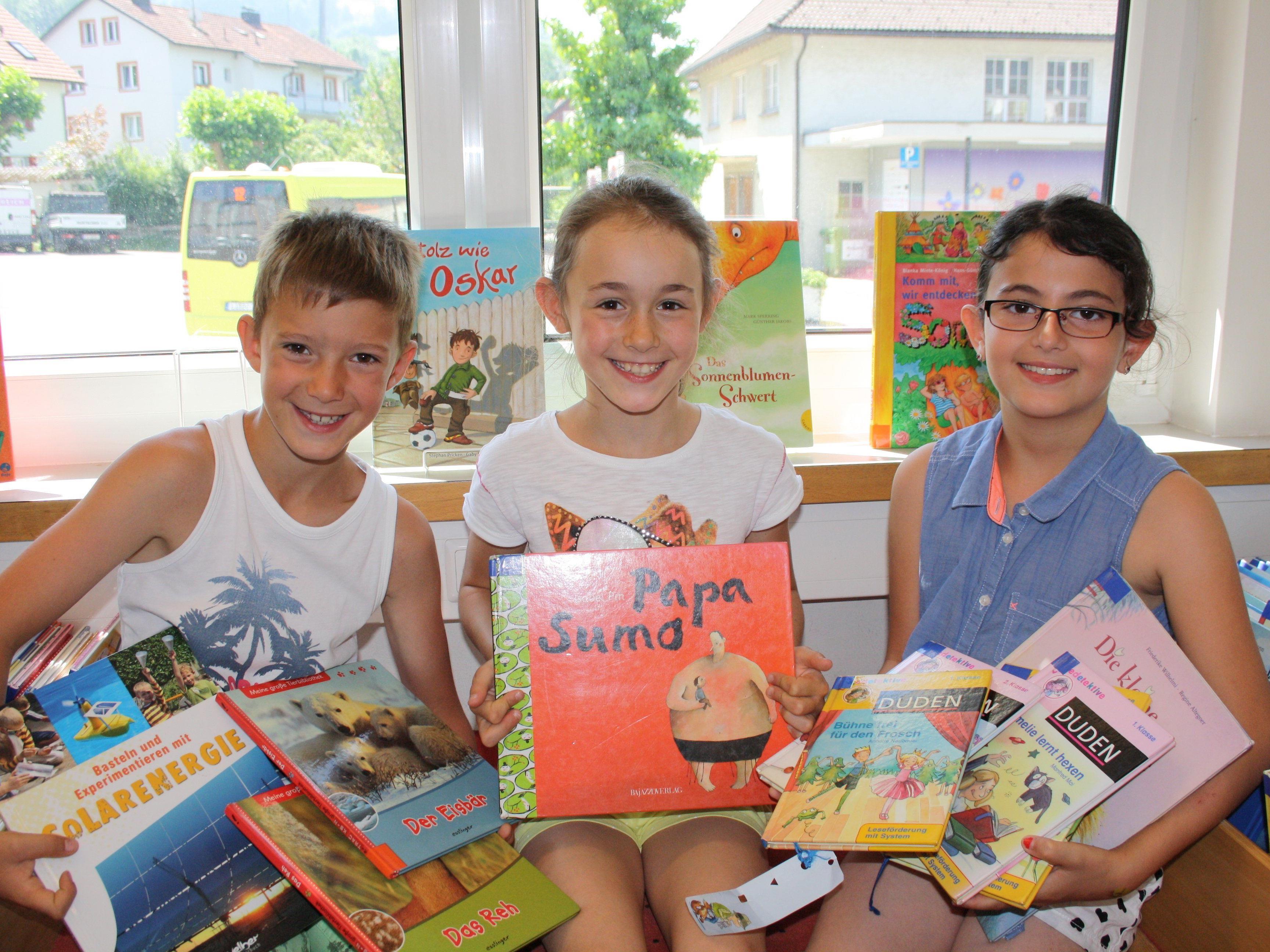 Ein Angebot für die ganze Familie: Neuer Lesestoff und neue Spiele aus der Lochauer Bücherei-Spielothek für eine abwechslungsreiche Ferien- und Urlaubszeit.