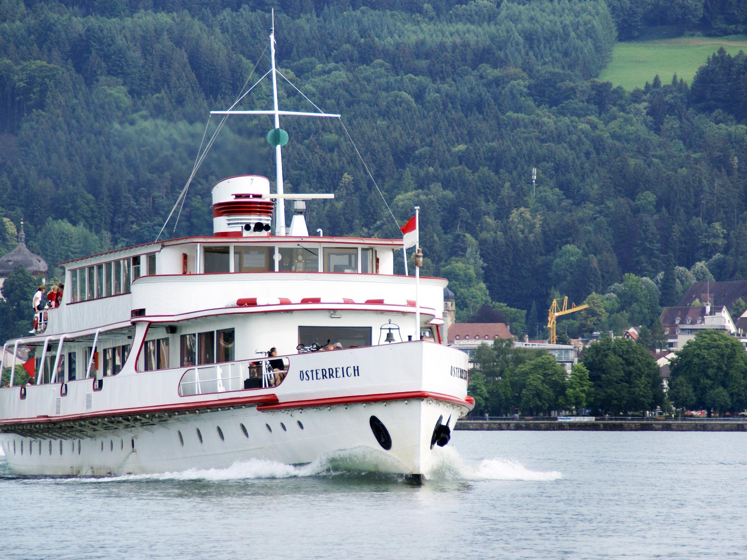 Das MS Österreich kann am 11. Juli besichtigt werden, weiters gibt es Schiffsinventar zu erwerben.