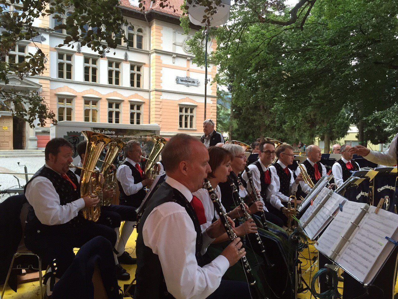 Gelungenes Parkfest der Stadtmusik