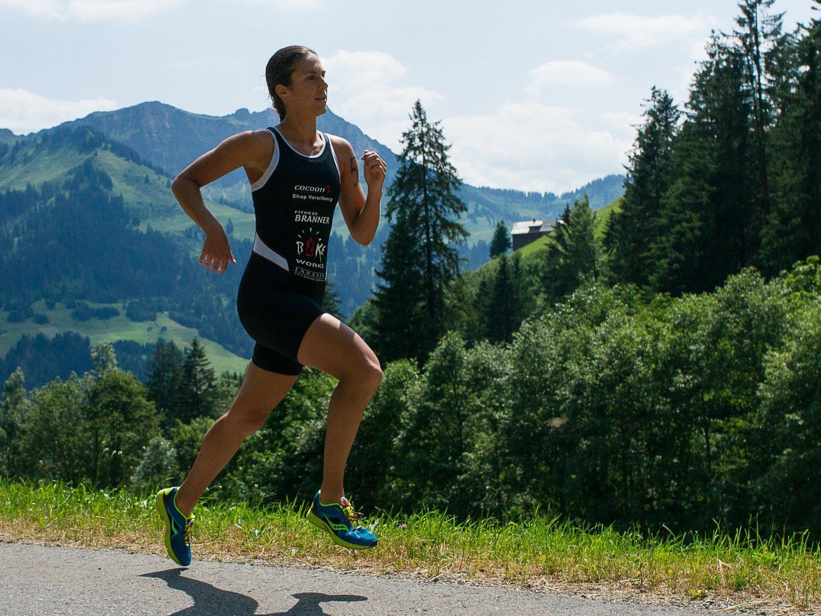 Sabine Buxhofer siegt beim 15. Isamännli