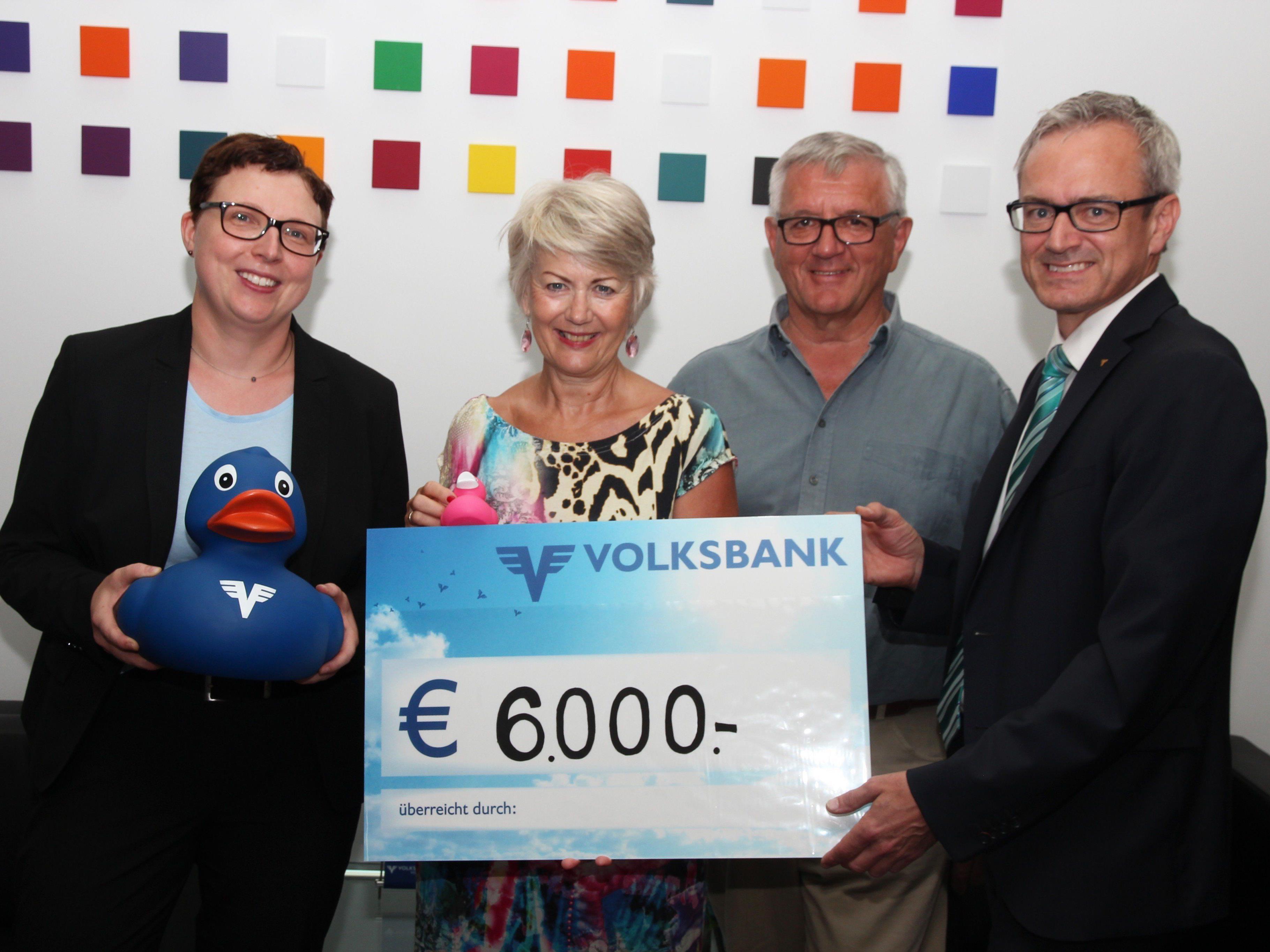 6000 Euro an Spende für das Netz für Kinder