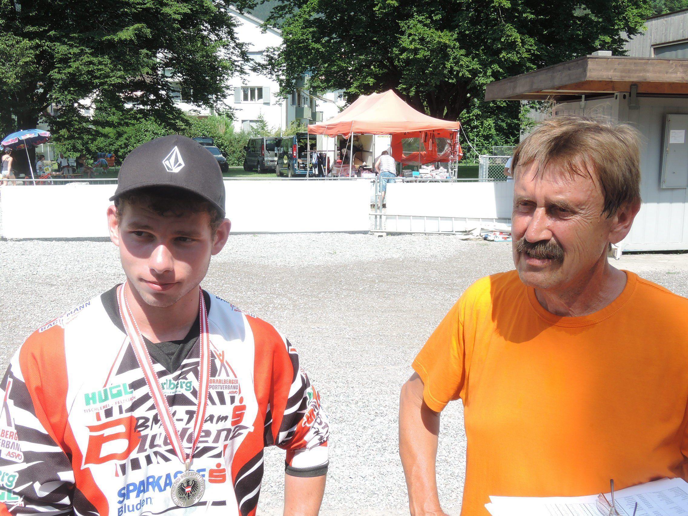 Vize-Staatsmeister Sebastian Tschugmell mit Vereinsobmann Herbert Dür