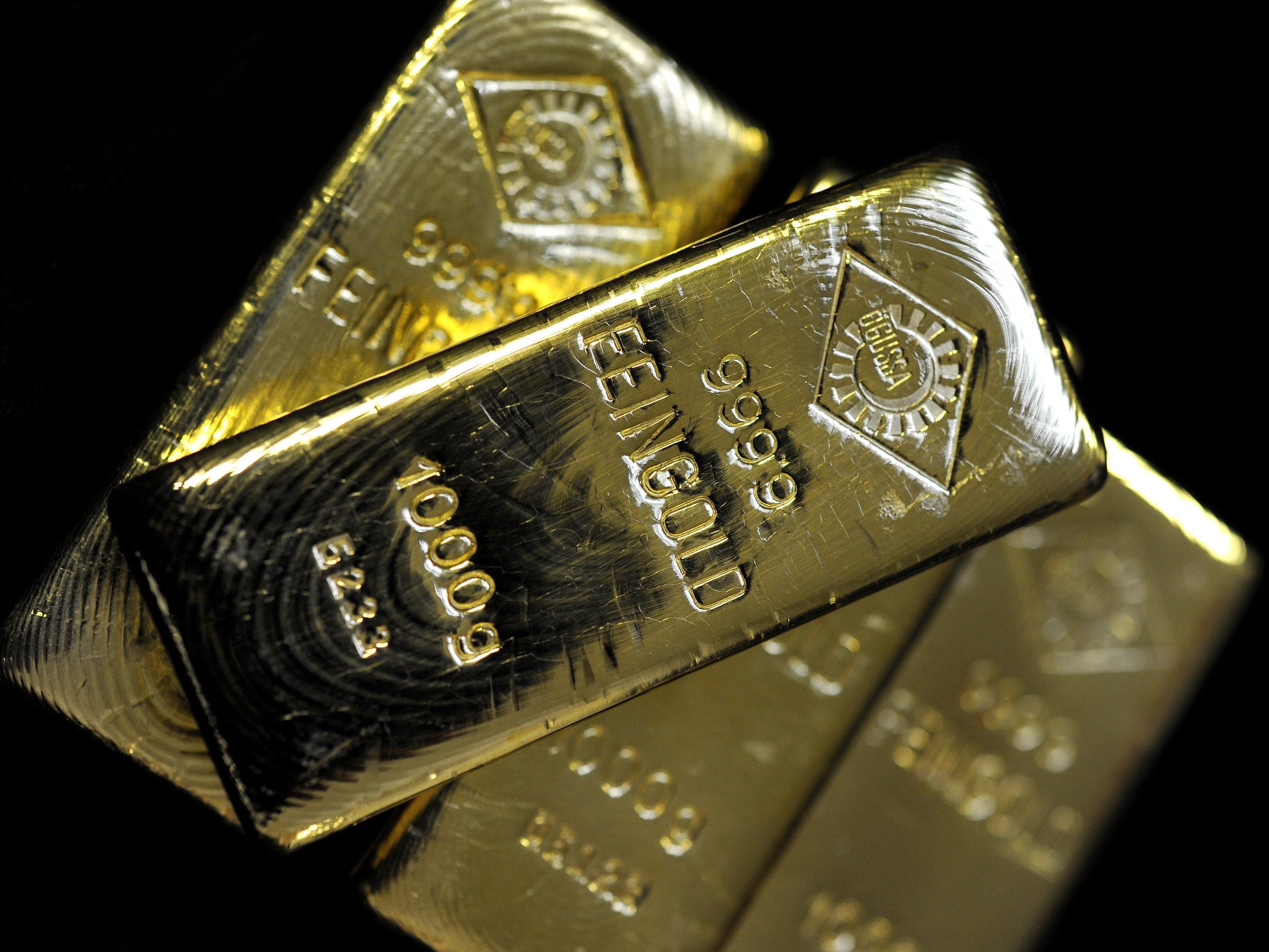 Goldpreis sinkt auf tiefsten Stand seit fünf Jahren.