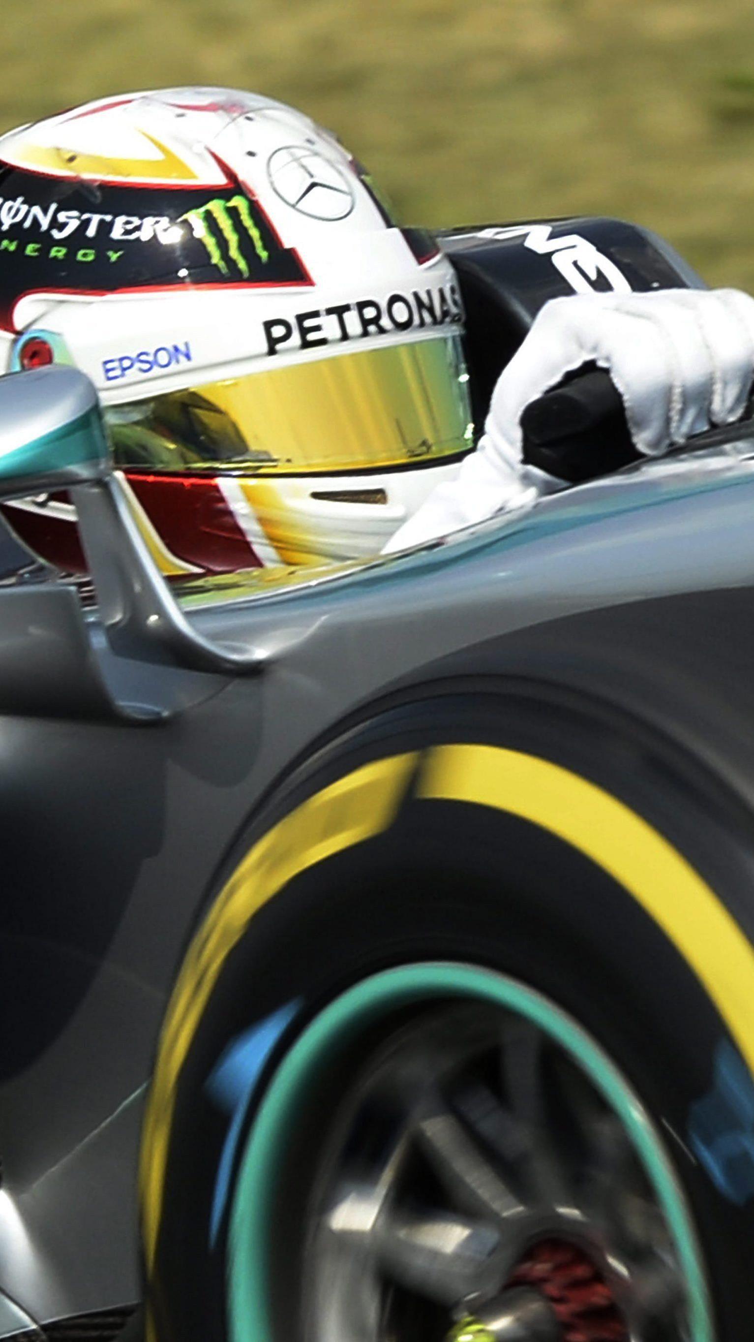 Weltmeister über eine halbe Sekunde vor Rosberg.