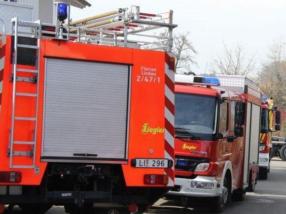 Mehrere Verletzte bei Brand von Lindauer Wohn-und Geschäftsgebäude.
