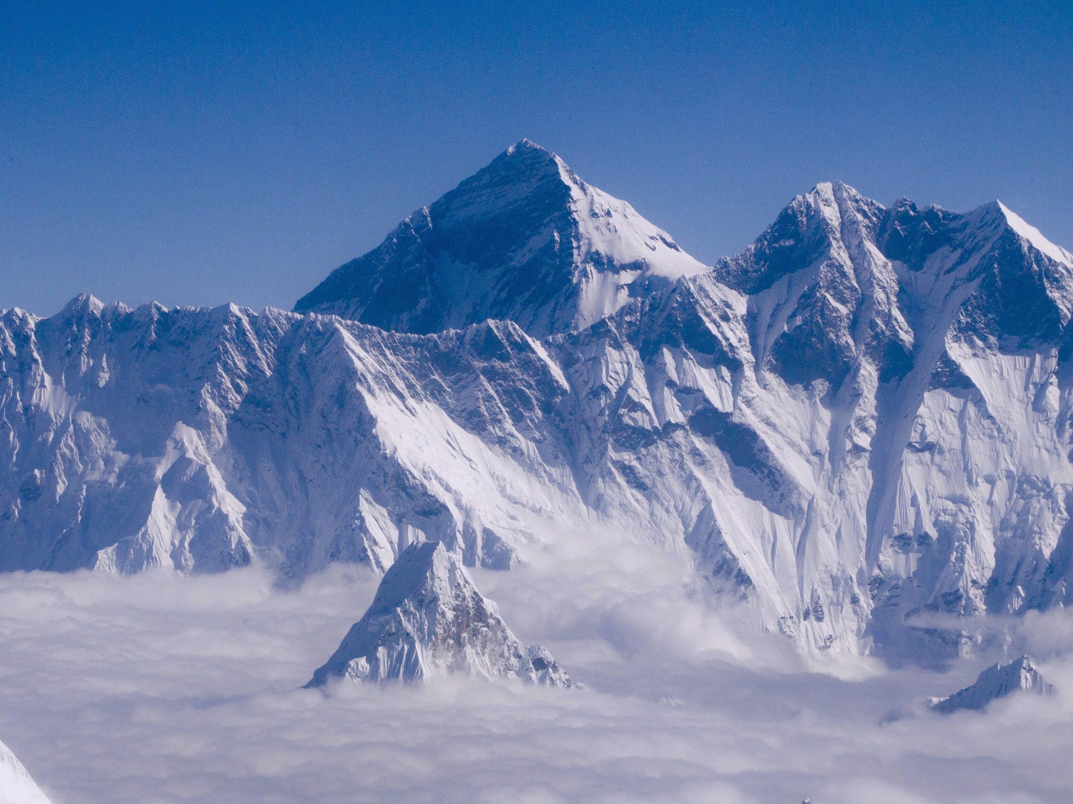Mit 8.848 Metern, der höchste Berg der Welt - der Mount Everest