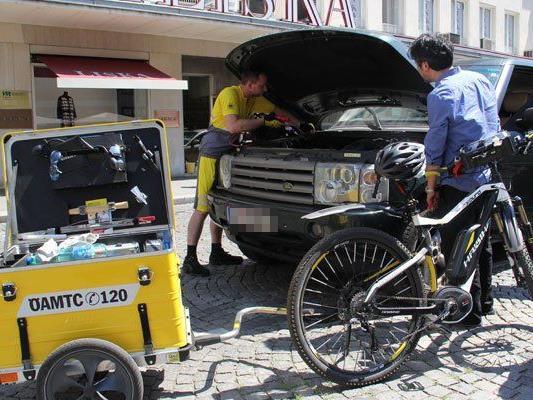 Mehr als 200 Einsätze haben die Pannenhelfer schon mit E-Bikes absolviert.