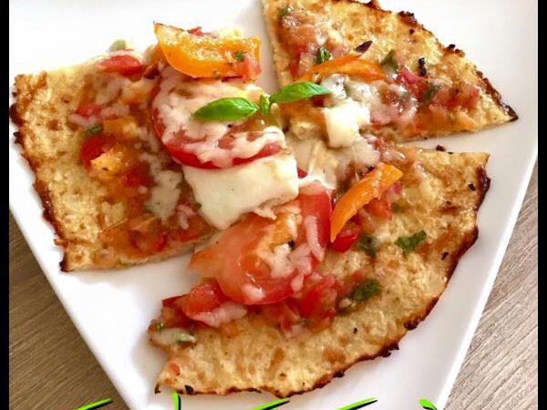 Funkyfitfood-Rezept VI: LowCarb-Blumenkohl-Pizza.