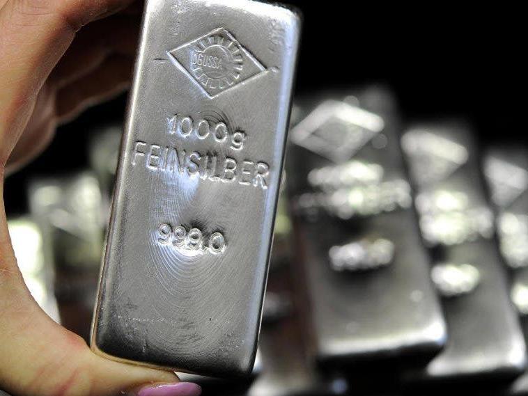 Duo wollte Silberbarren im Wert von 35.000 Euro nach Österreich bringen