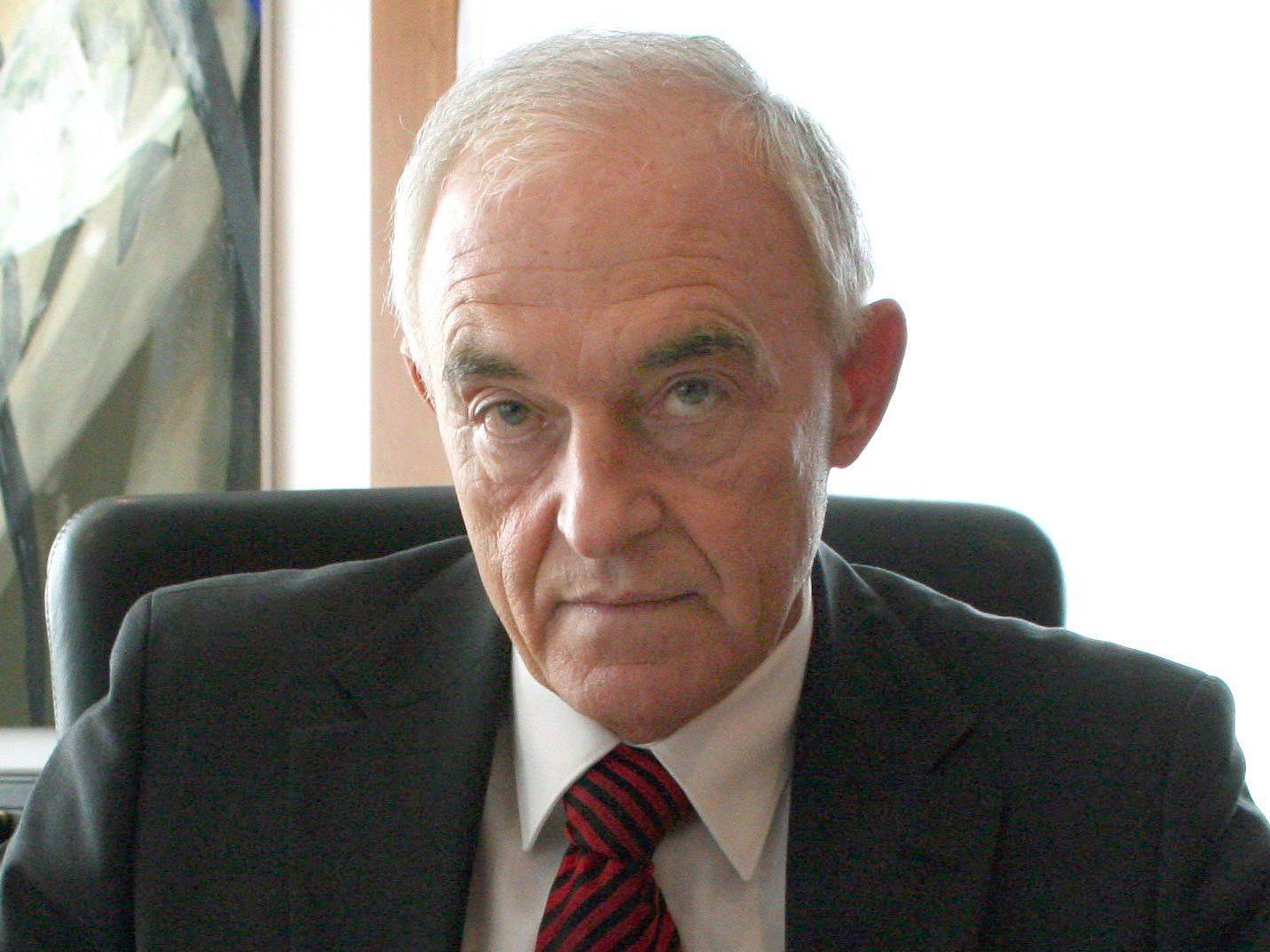 BEGAS-Affäre: Korruptionsstaatsanwaltschaft klagt früheren Chef Rudolf Simandl an.