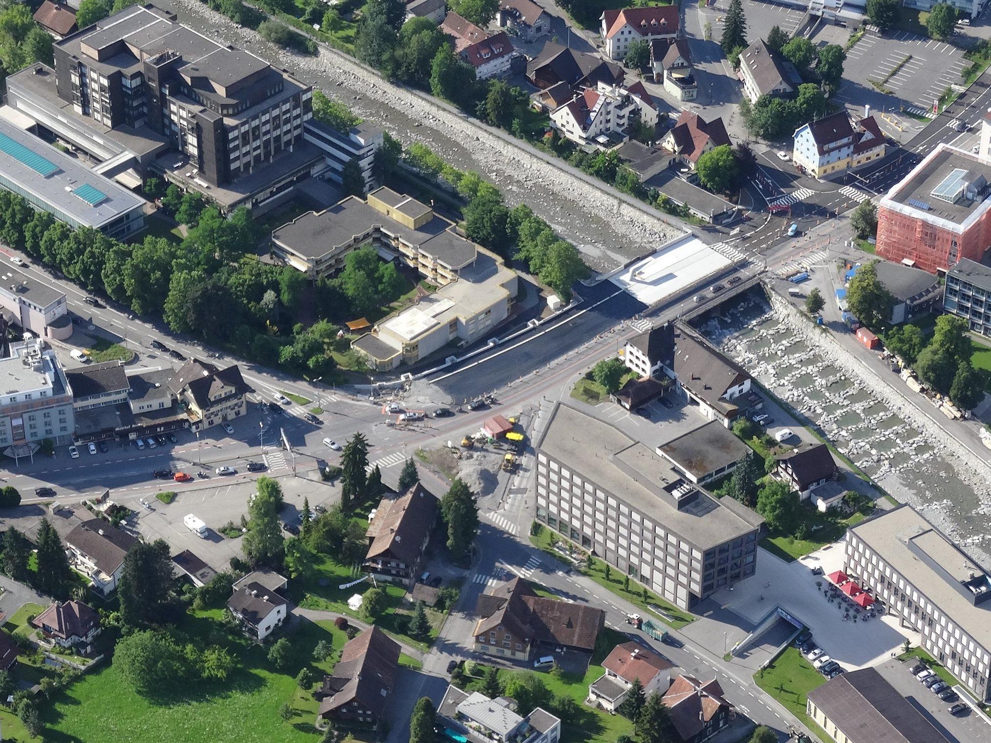 Die Baustelle rund um die Sägerbrücke ist das derzeit größte Tiefbauprojekt der Stadt Dornbirn.