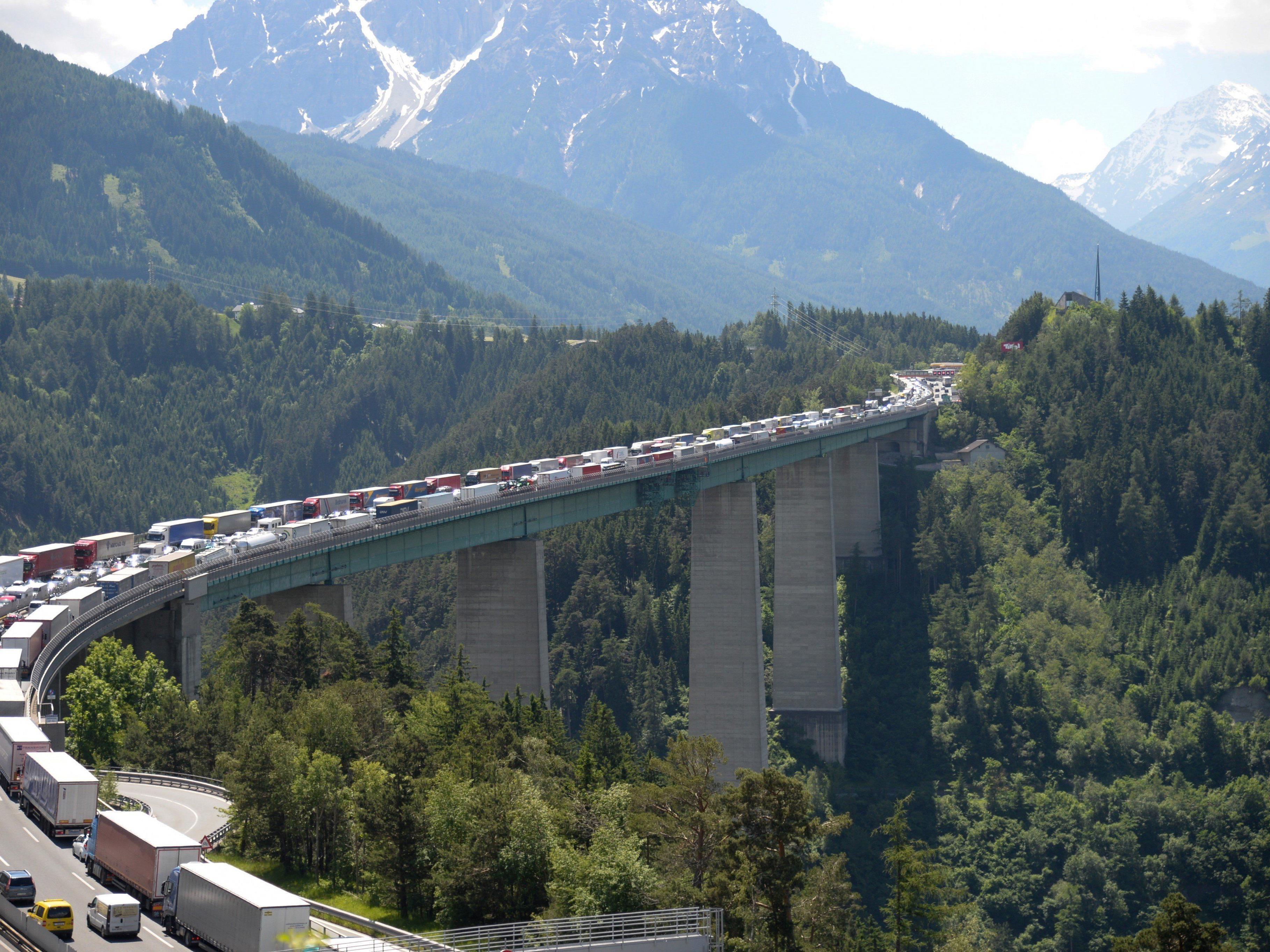 Die 192 Meter der Europabrücke sind der persönliche Rekord der 84-Jährigen.