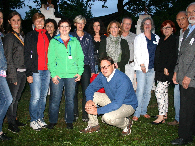 Mitarbeiter(innen) der Vorarlberger Volkshochschulen besuchen die VHS Schlosserhus.